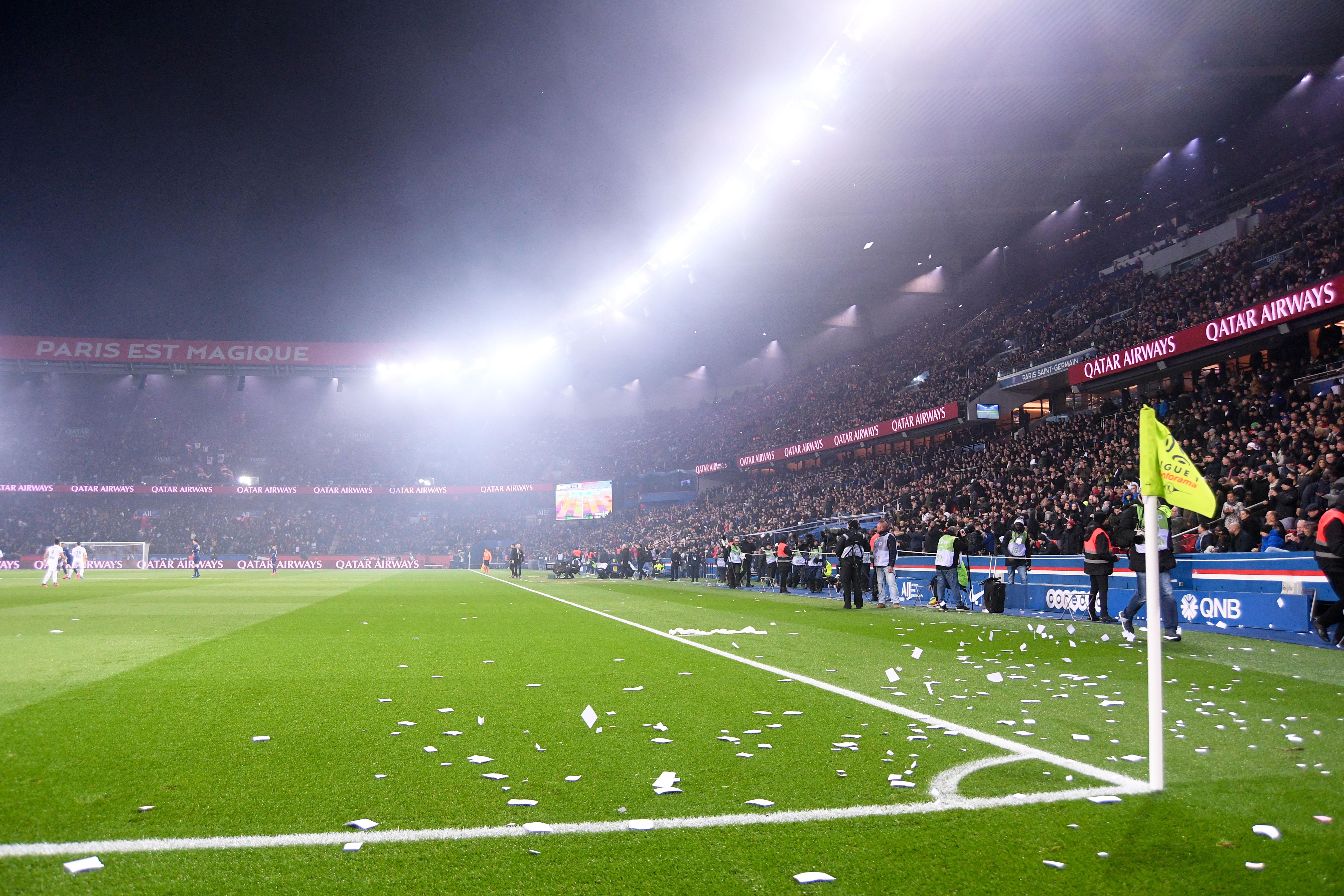 Football - Ligue des champions - Huis-clos PSG-Dortmund : Pourquoi les médias sont aussi concernés