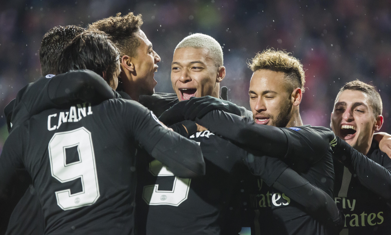Football - Ligue des champions - Les notes du PSG en C1 : Neymar en Thiago Silva au top, Di Maria sur courant alternatif