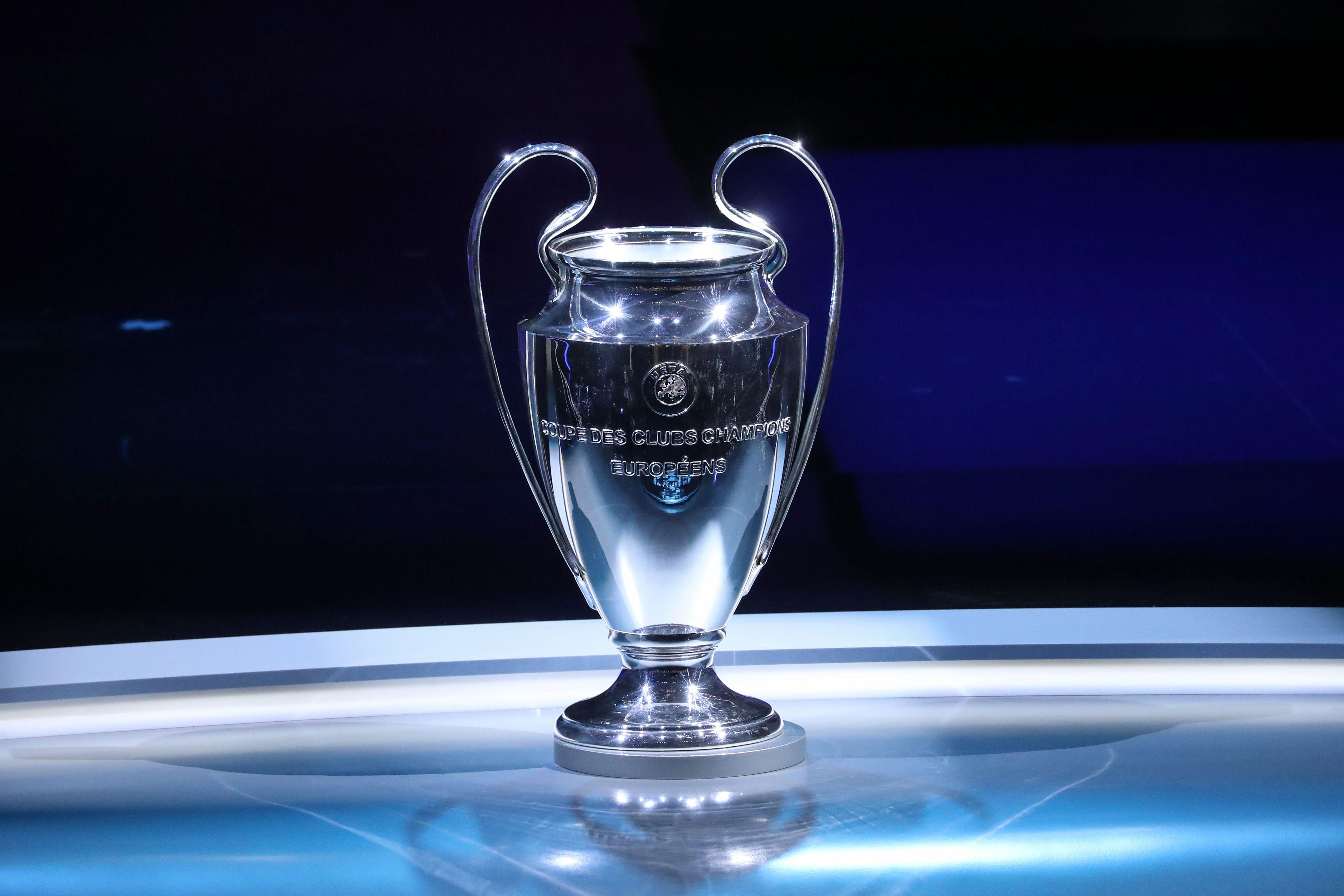 Calendrier Ligue De Champion.Ligue Des Champions Le Calendrier Des Francais Et Les Dates