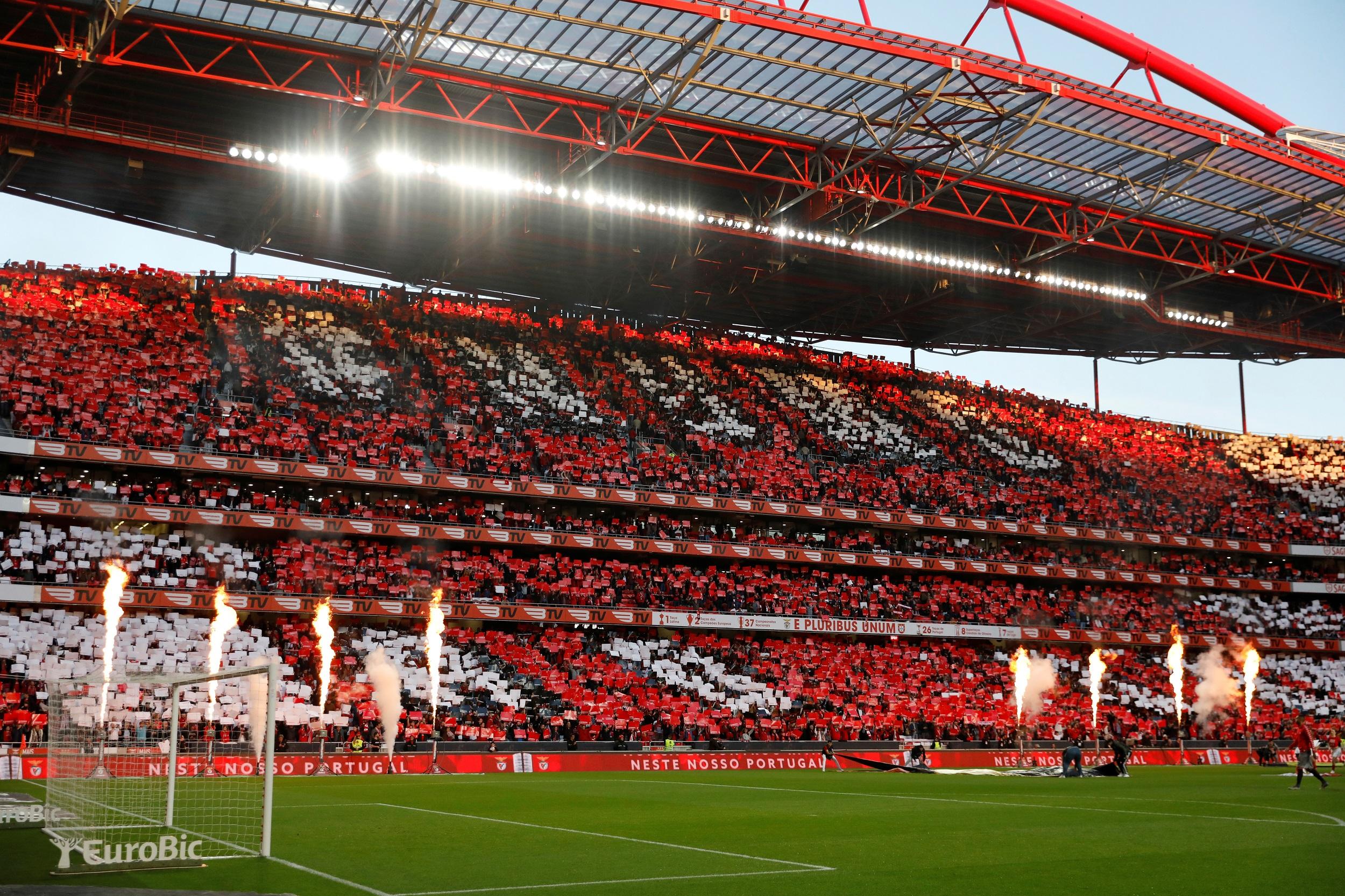 Football - Ligue des champions - Ligue des champions : la finale à Lisbonne ou en Allemagne plutôt qu'à Istanbul ?