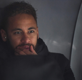 Neymar sur le banc