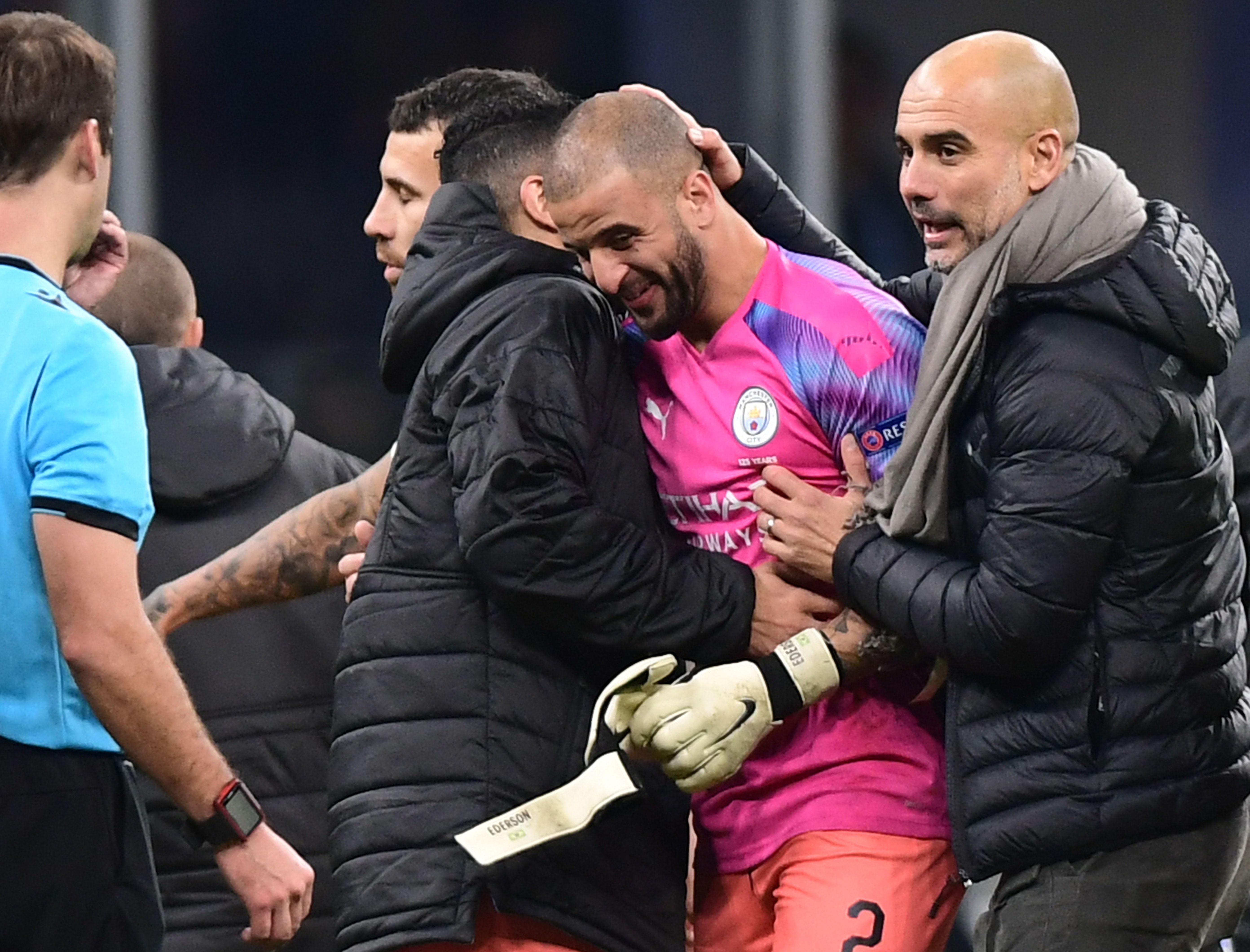 Football - Ligue des champions - Manchester City finit son match ... sans gardien de but