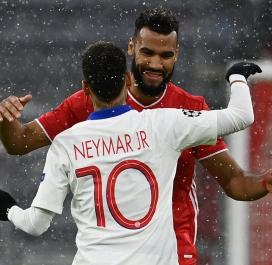Retrouvailles entre Neymar et Choupo-Moting