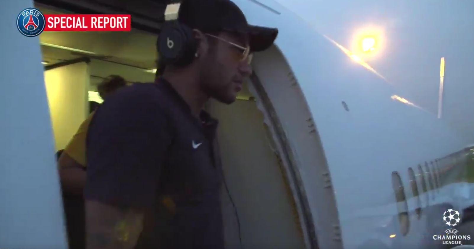 Football - Ligue des champions - Pour rejoindre Bruxelles, le PSG a pris l'avion des Rolling Stones