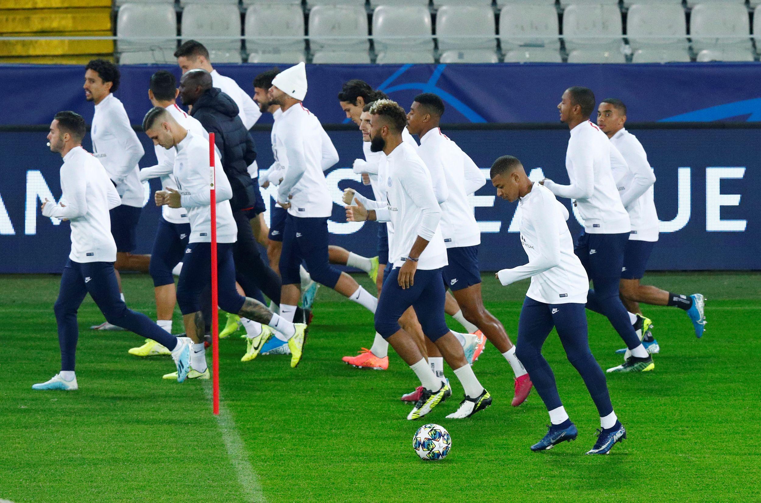 Football - Ligue des champions - PSG : Mbappé et Cavani aptes à Bruges, mais...
