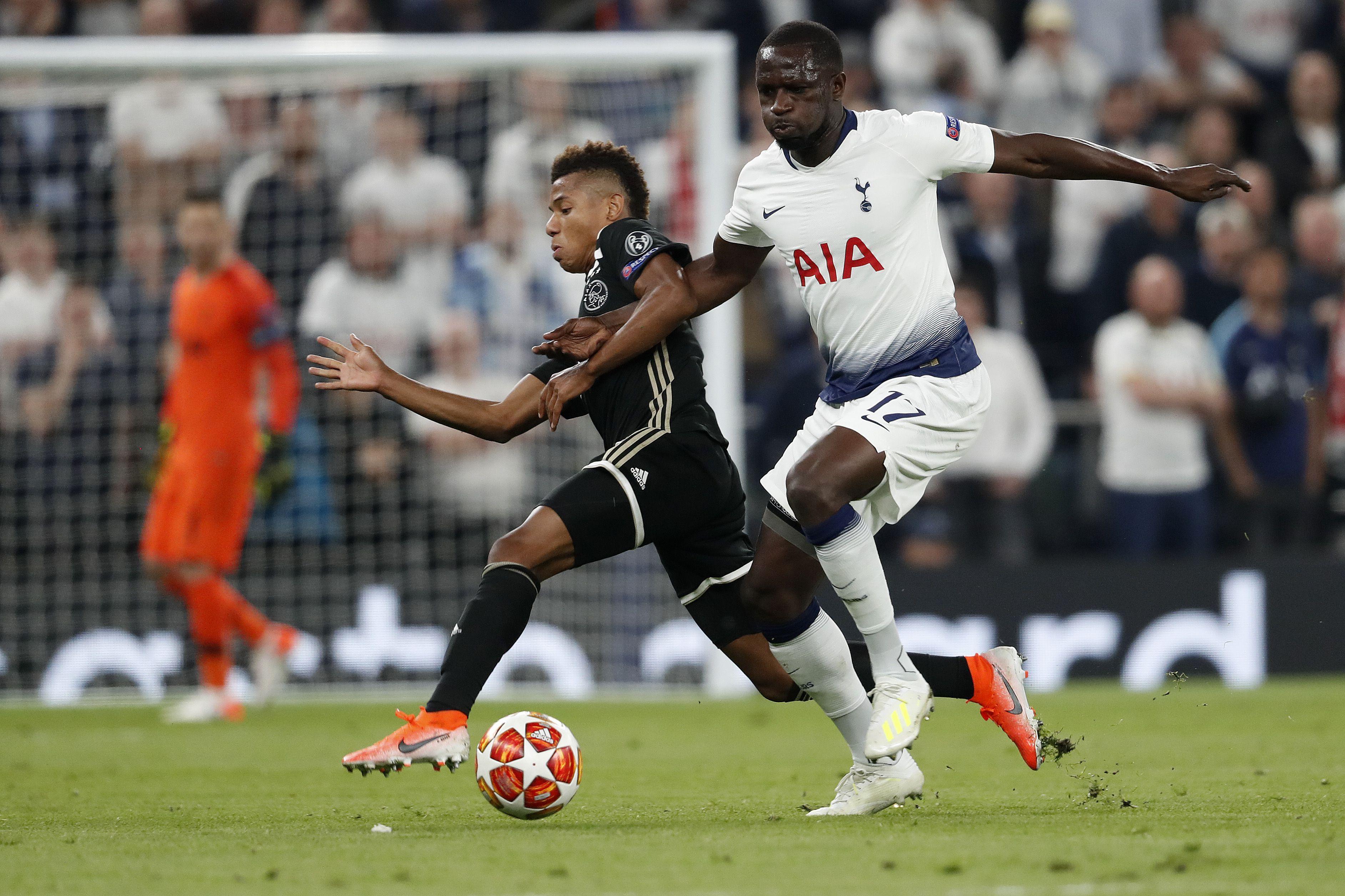 Football - Ligue des champions - Sissoko : «On n'est pas abattu, je sais qu'on peut aller chercher la qualification à Amsterdam»