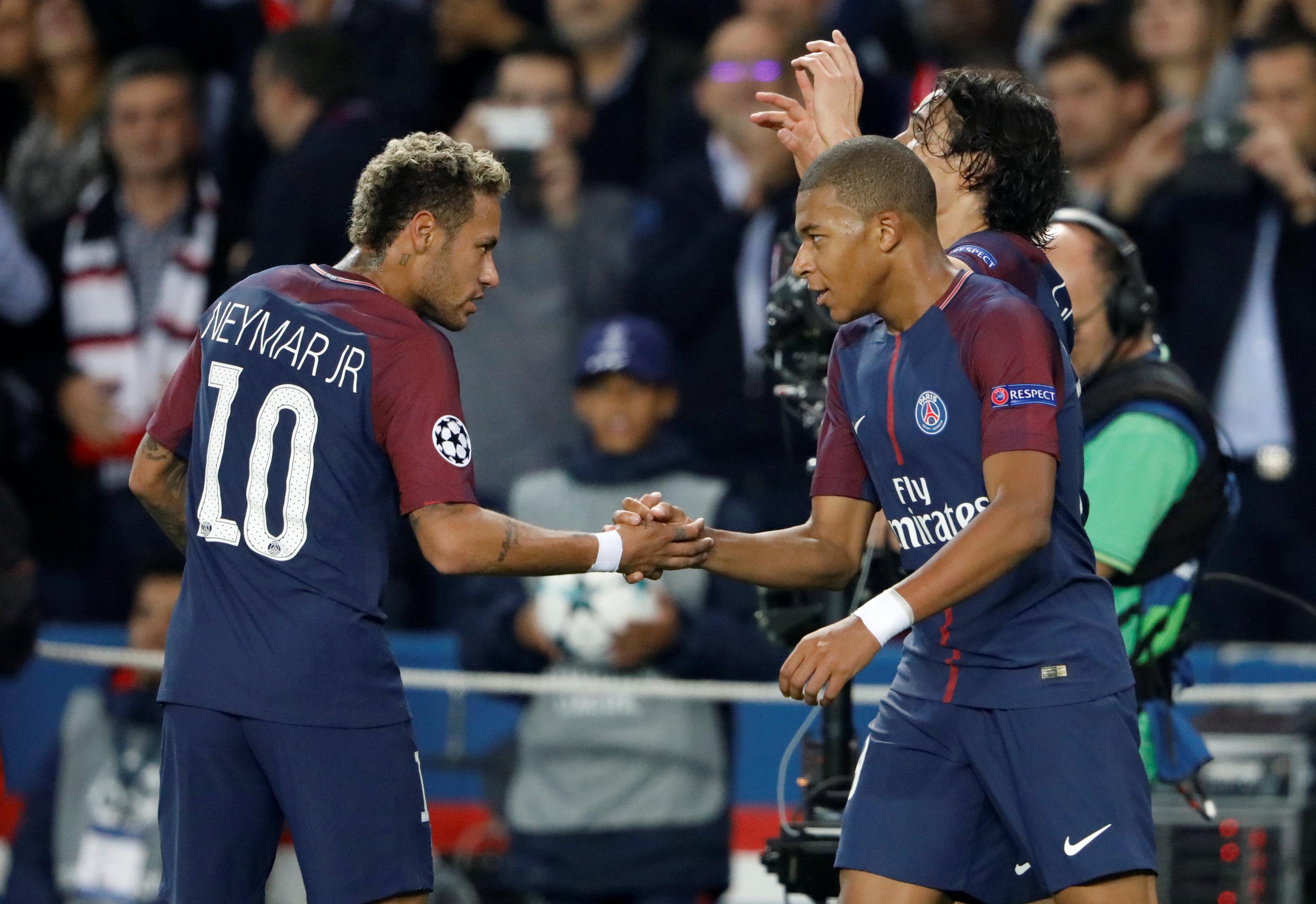 Football - Ligue des champions - Neymar: «Faire pour Mbappé ce que Messi a fait pour moi»
