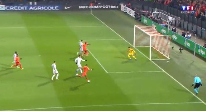 Football - Ligue des nations - Pays Bas-France : les parades en rafale de Lloris (vidéo)
