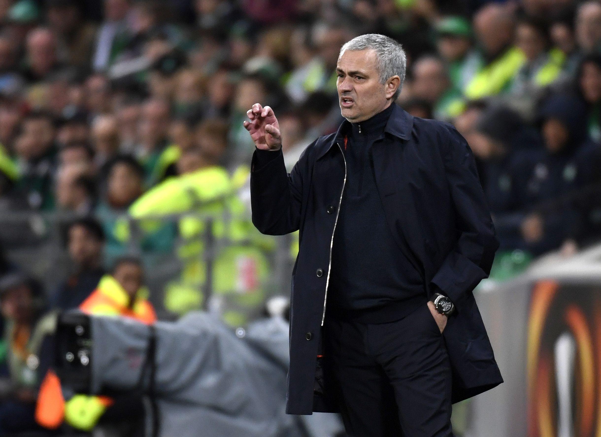Football - Ligue Europa - Après Saint-Etienne, Mourinho espère tirer Lyon