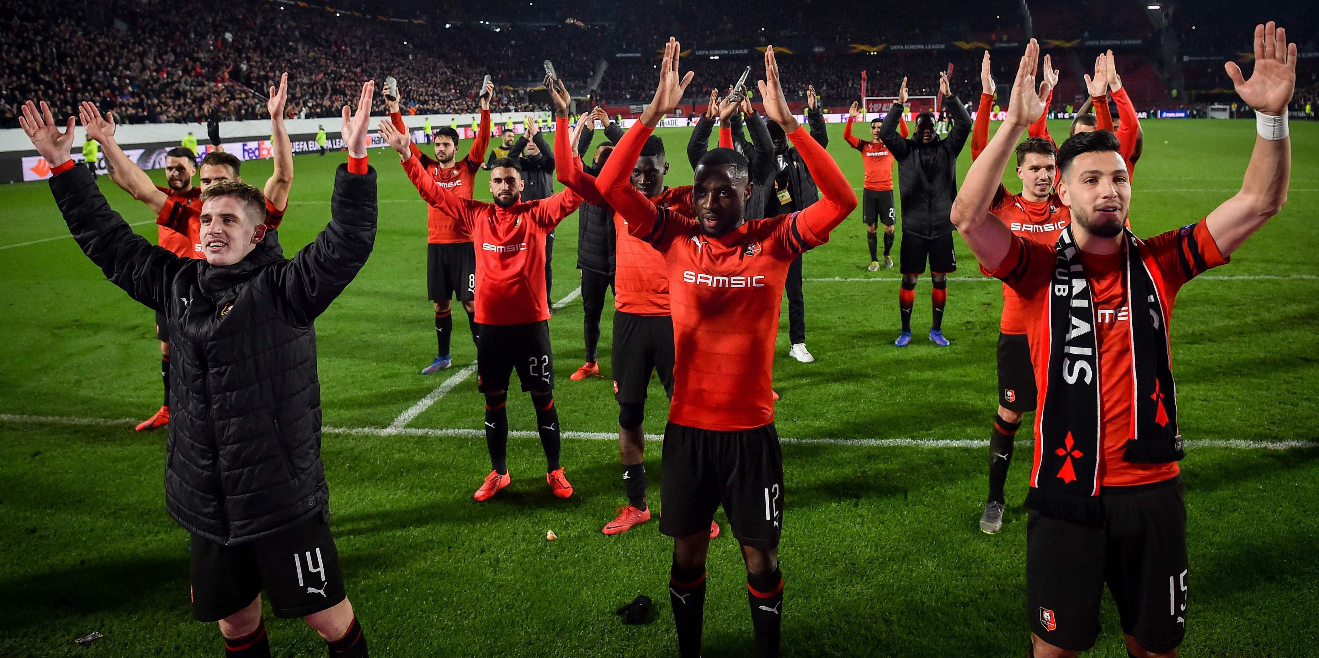 Football - Ligue Europa - Le Stade Rennais domine Arsenal après une soirée de folie