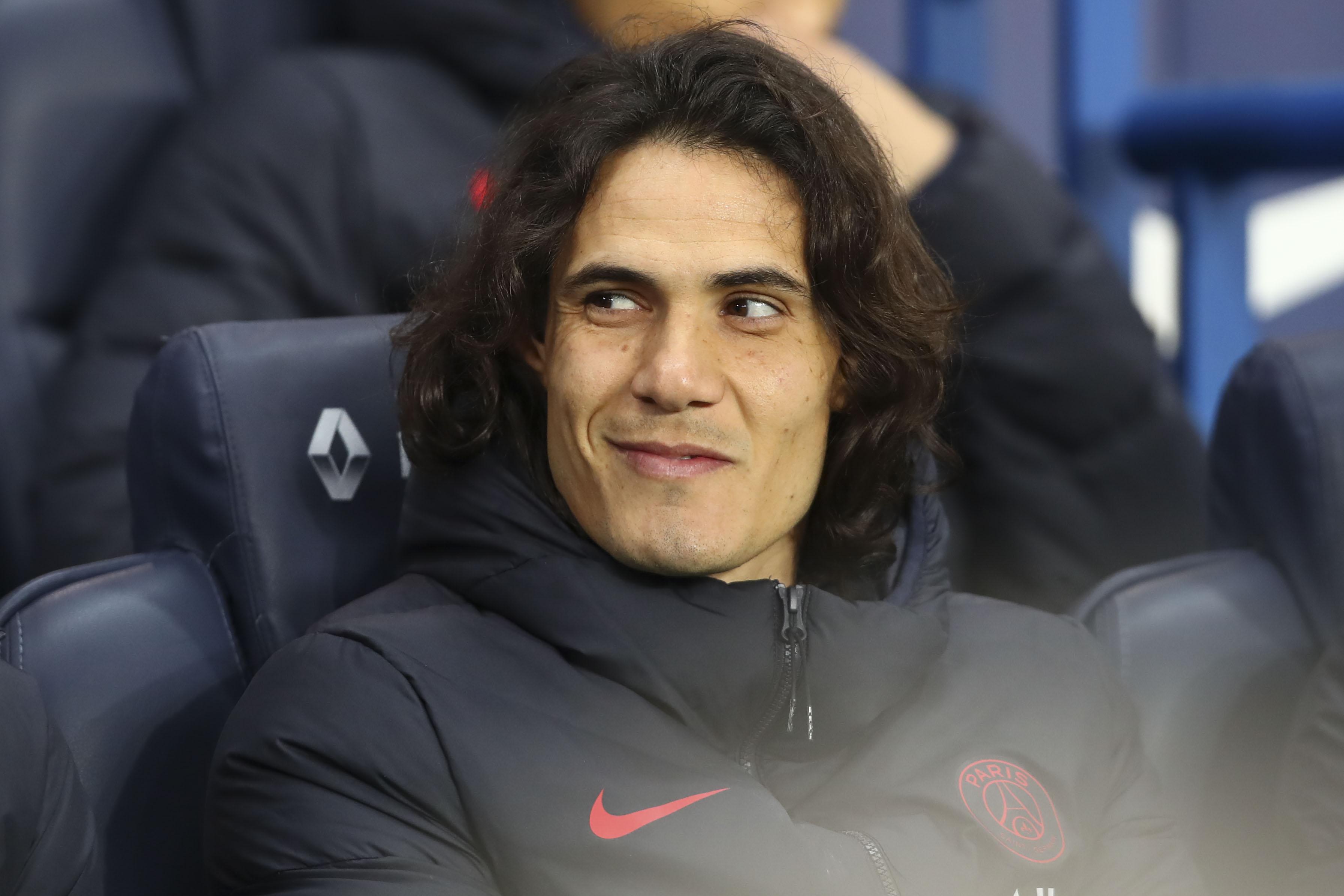 Le mercato en direct : l'Atlético Madrid fait le forcing pour Cavani, mais...