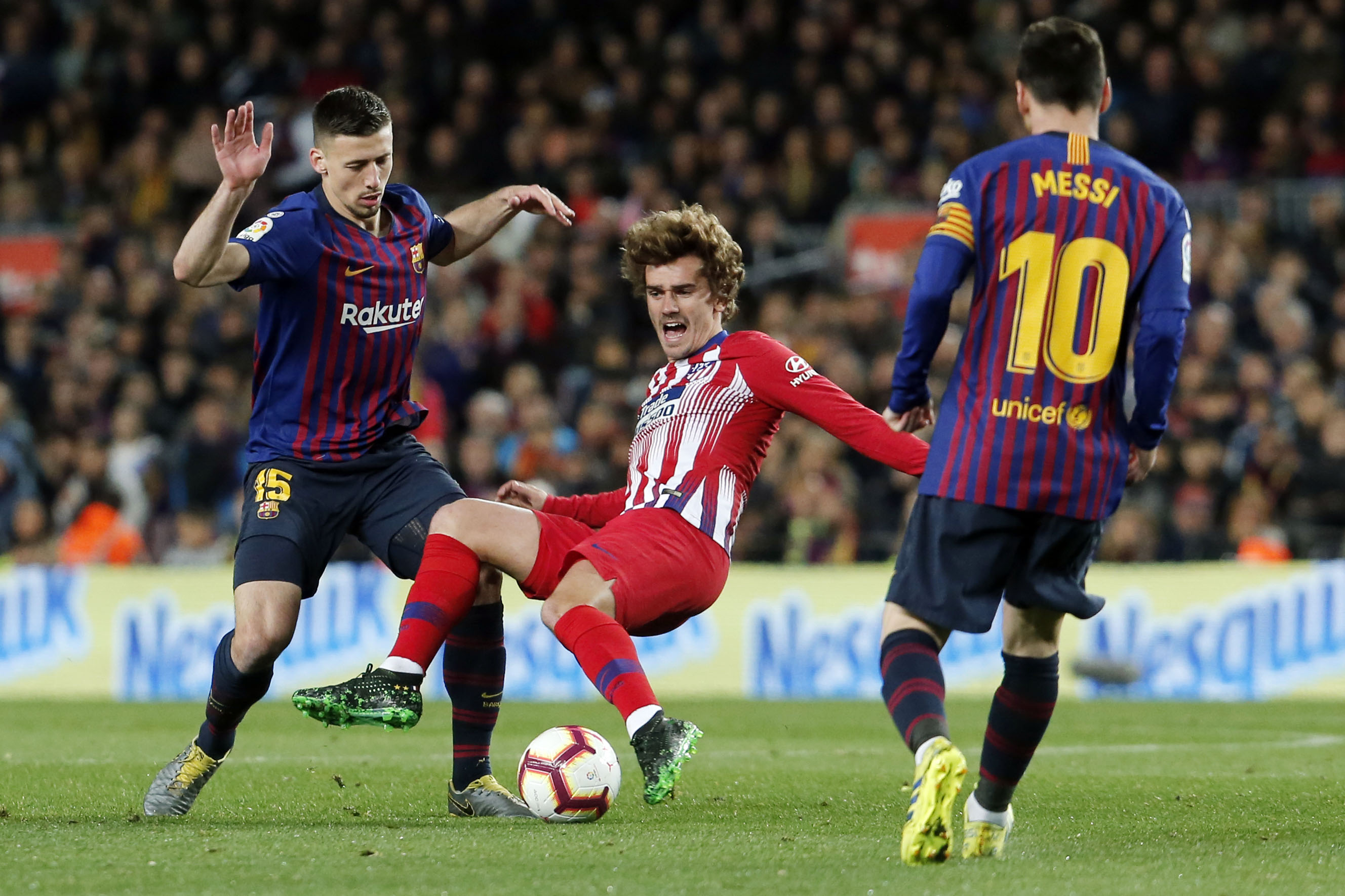 Football - Transferts - En signant au Barça, Griezmann change encore de dimension