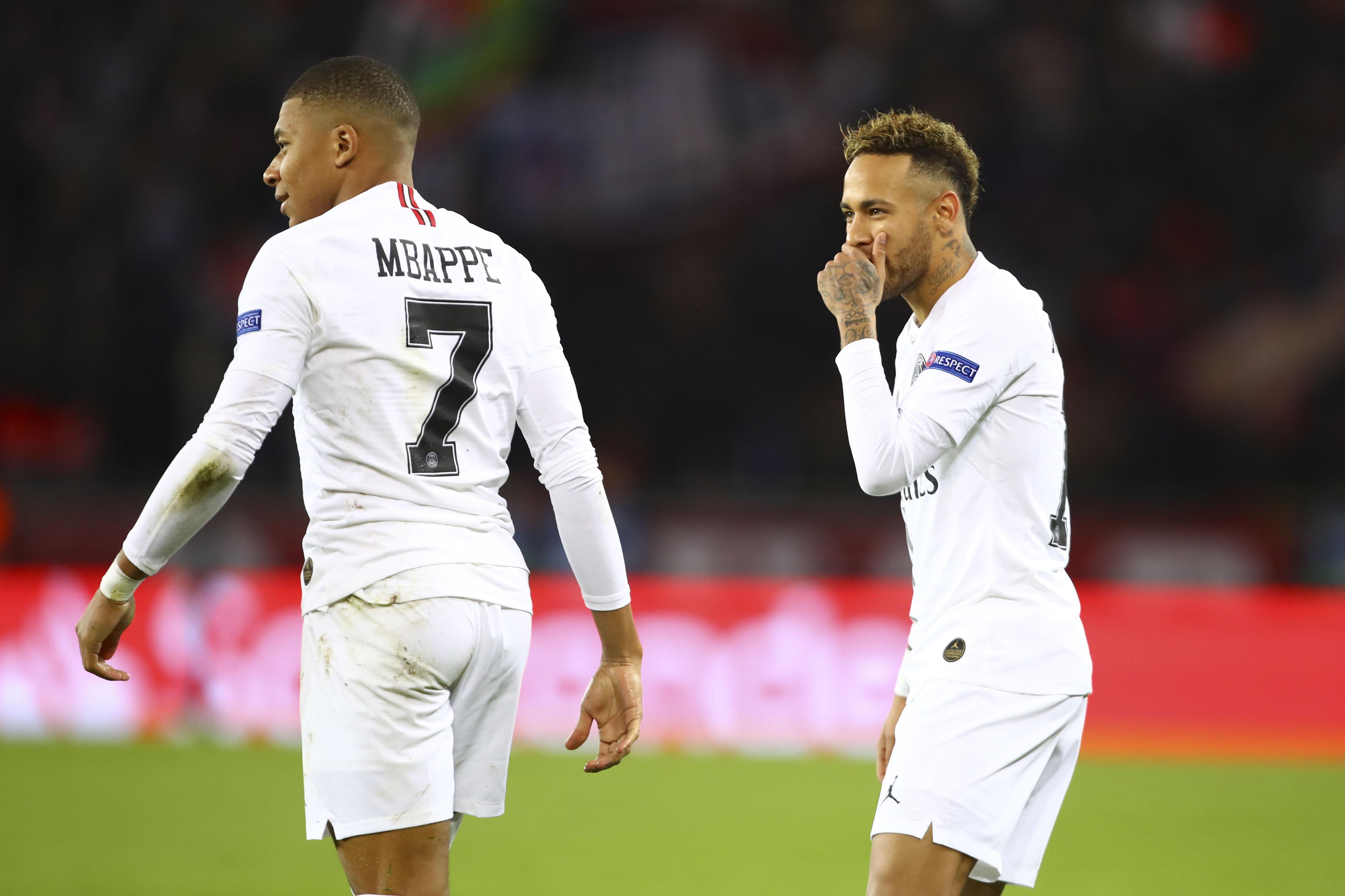 Football - Transferts - Fair-play financier : le PSG prêt à vendre Neymar ou Mbappé ?