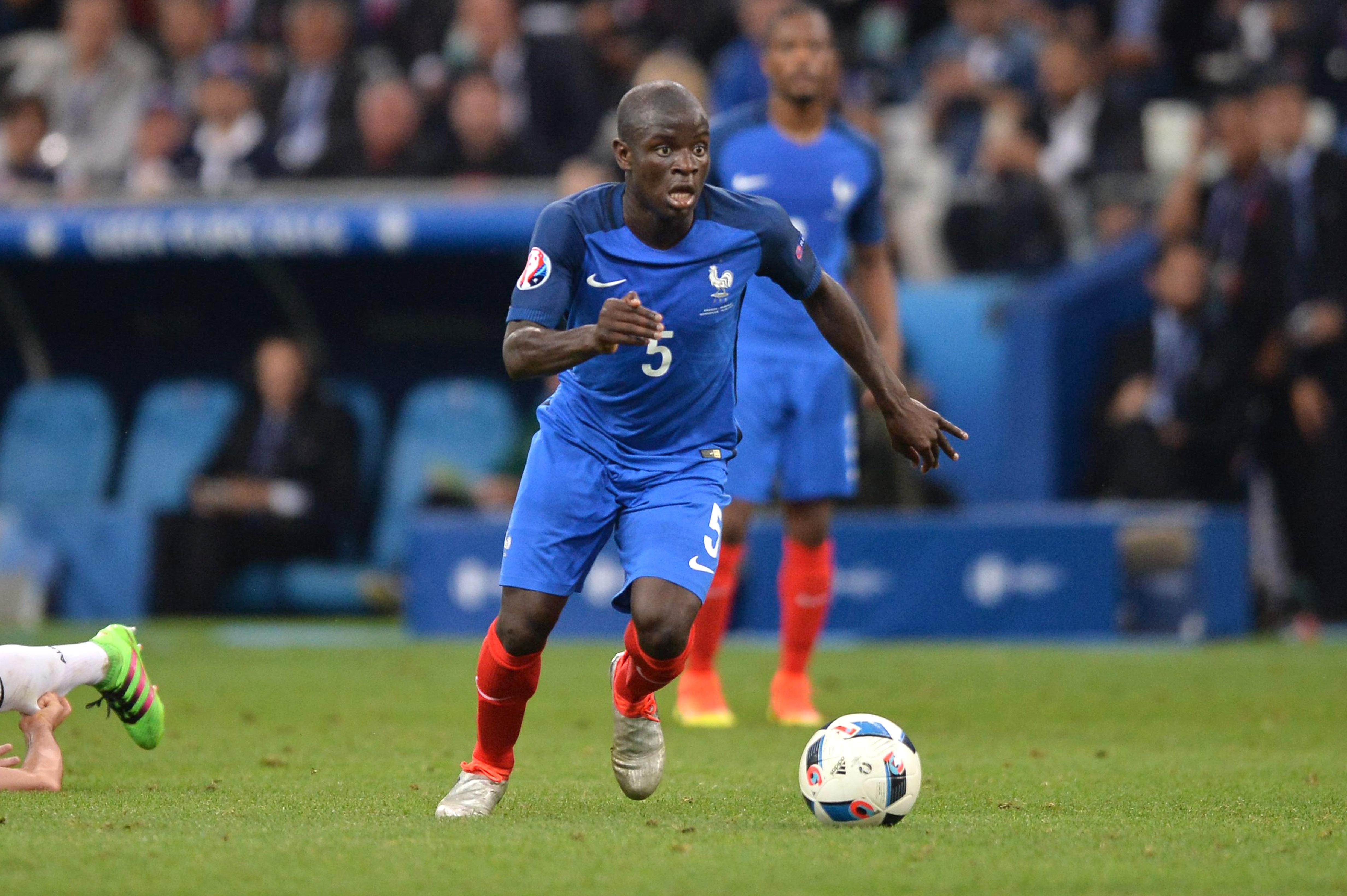 N Golo Kanté va poursuivre son ascension  Chelsea Transferts