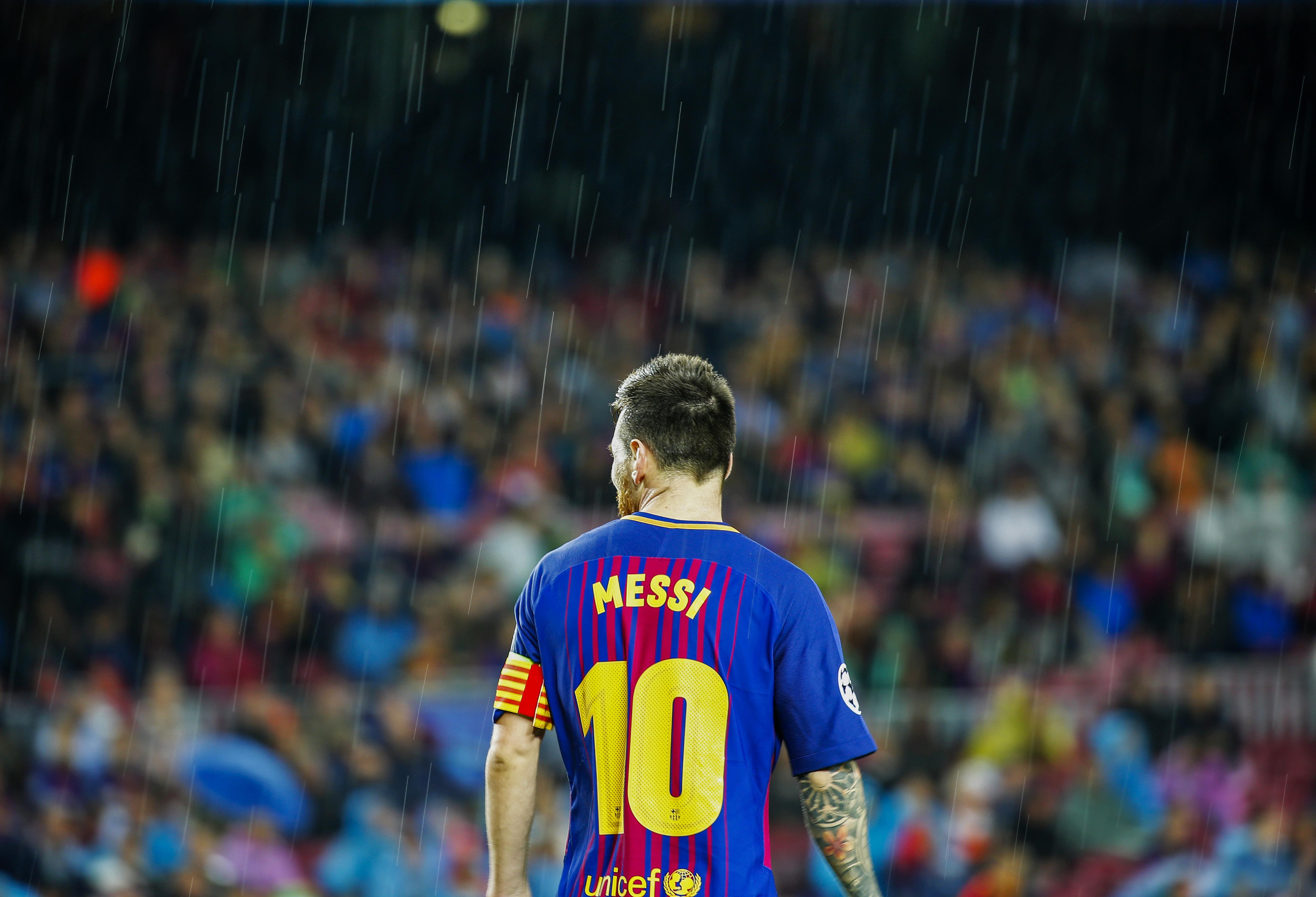Football - Transferts - Le journal du mercato: Barcelone veut offrir un contrat à vie à Messi