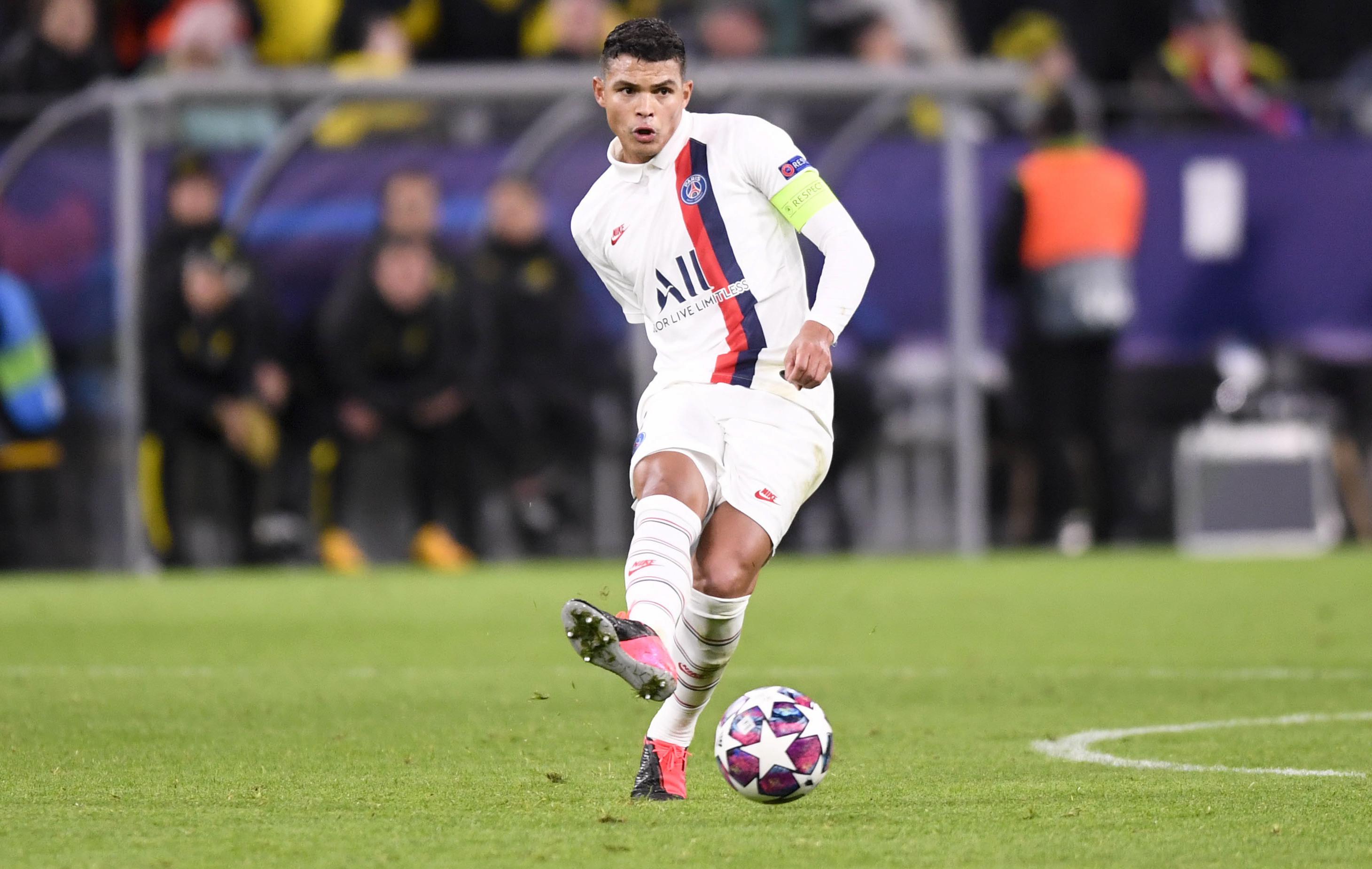 Football - Transferts - Journal du Mercato : Thiago Silva au coeur des réflexions du PSG