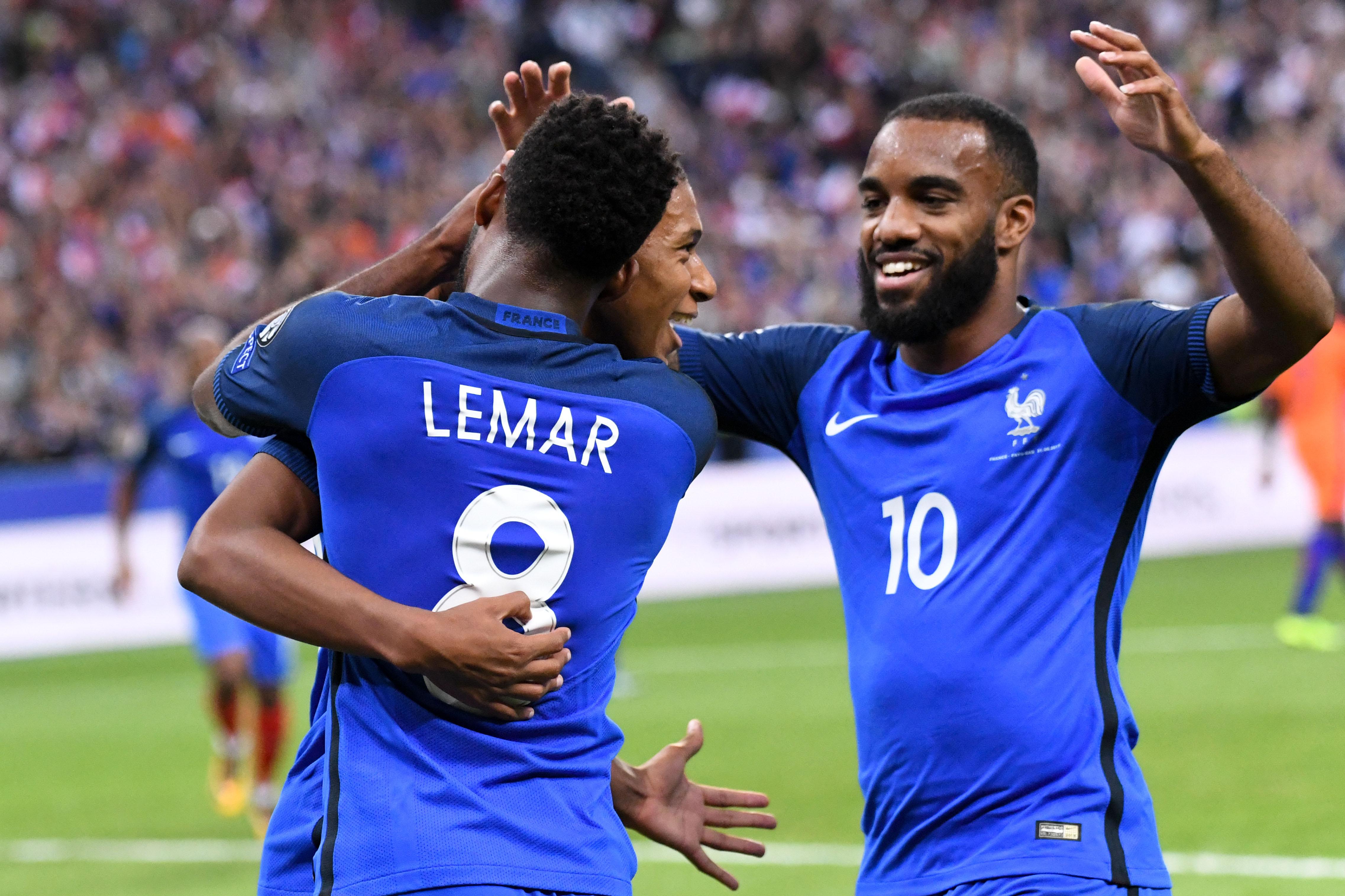 Football - Transferts - Le journal du mercato : un échange Lacazette-Lemar cet été ?