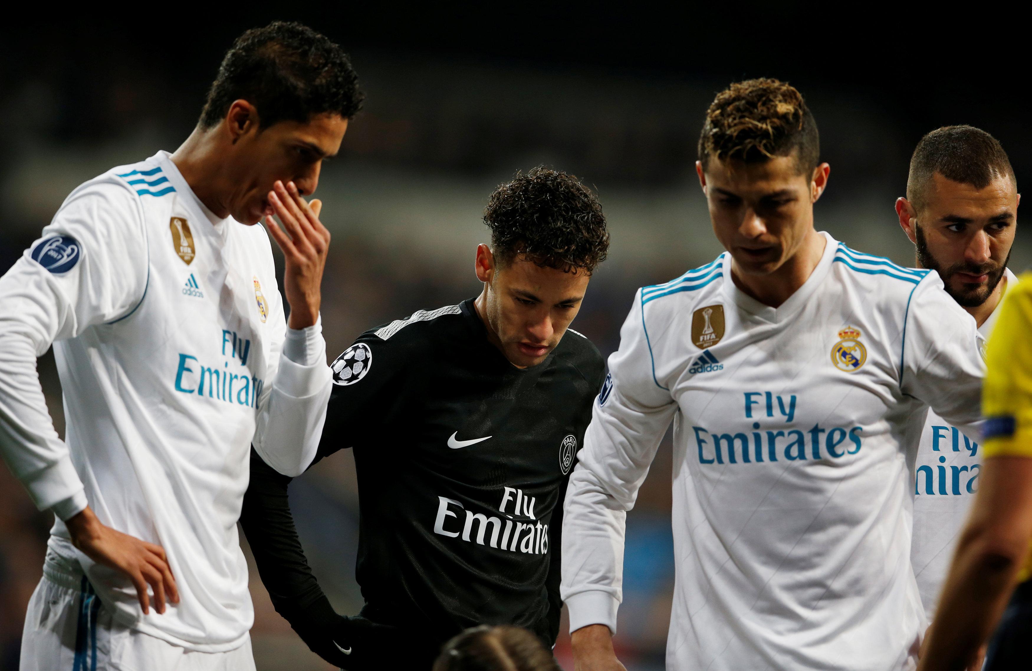 Football - Transferts - Le journal du mercato : le Real lâche-t-il l'affaire pour Neymar ?