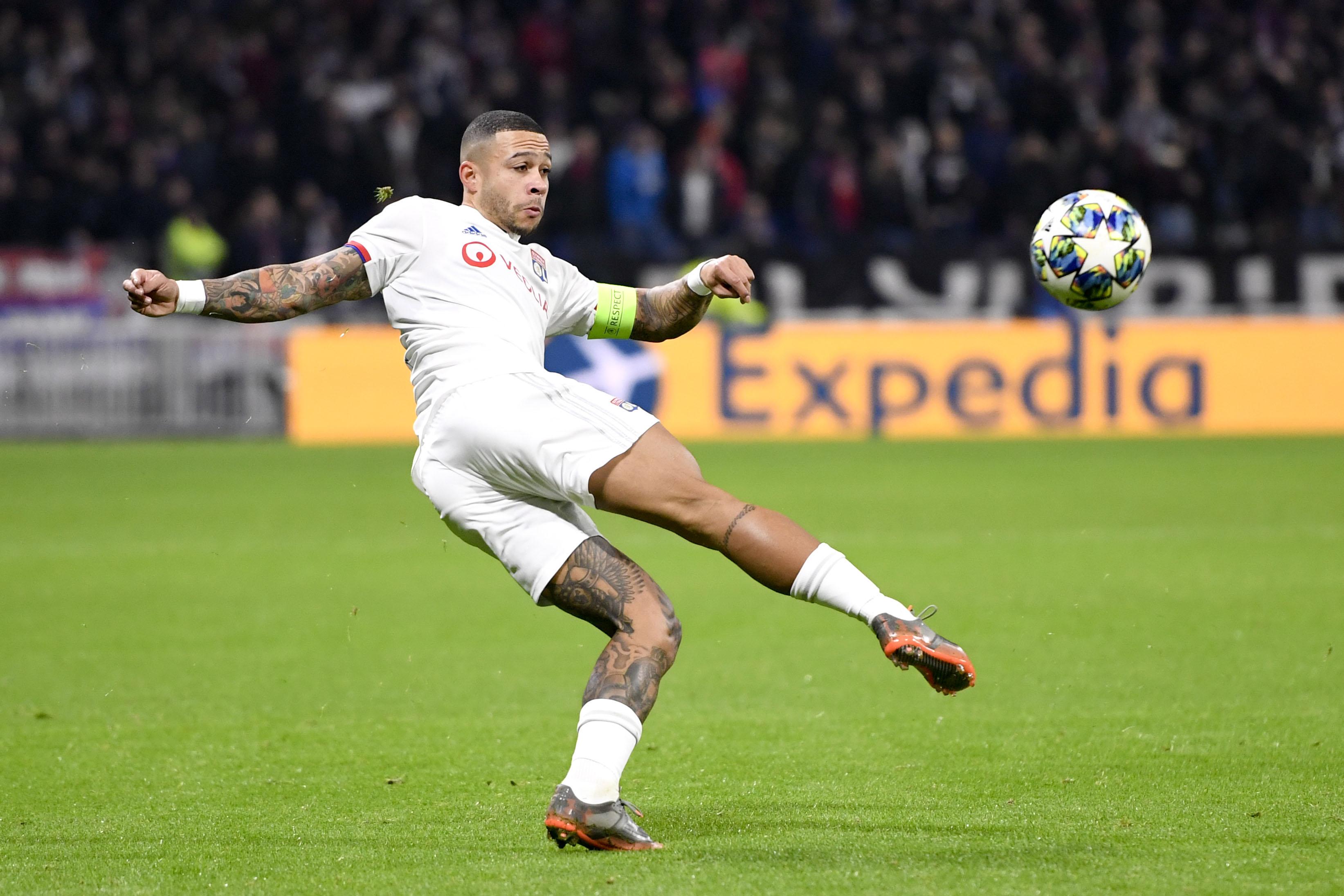 Football - Transferts - Le journal du mercato : Lyon craint un départ de Memphis