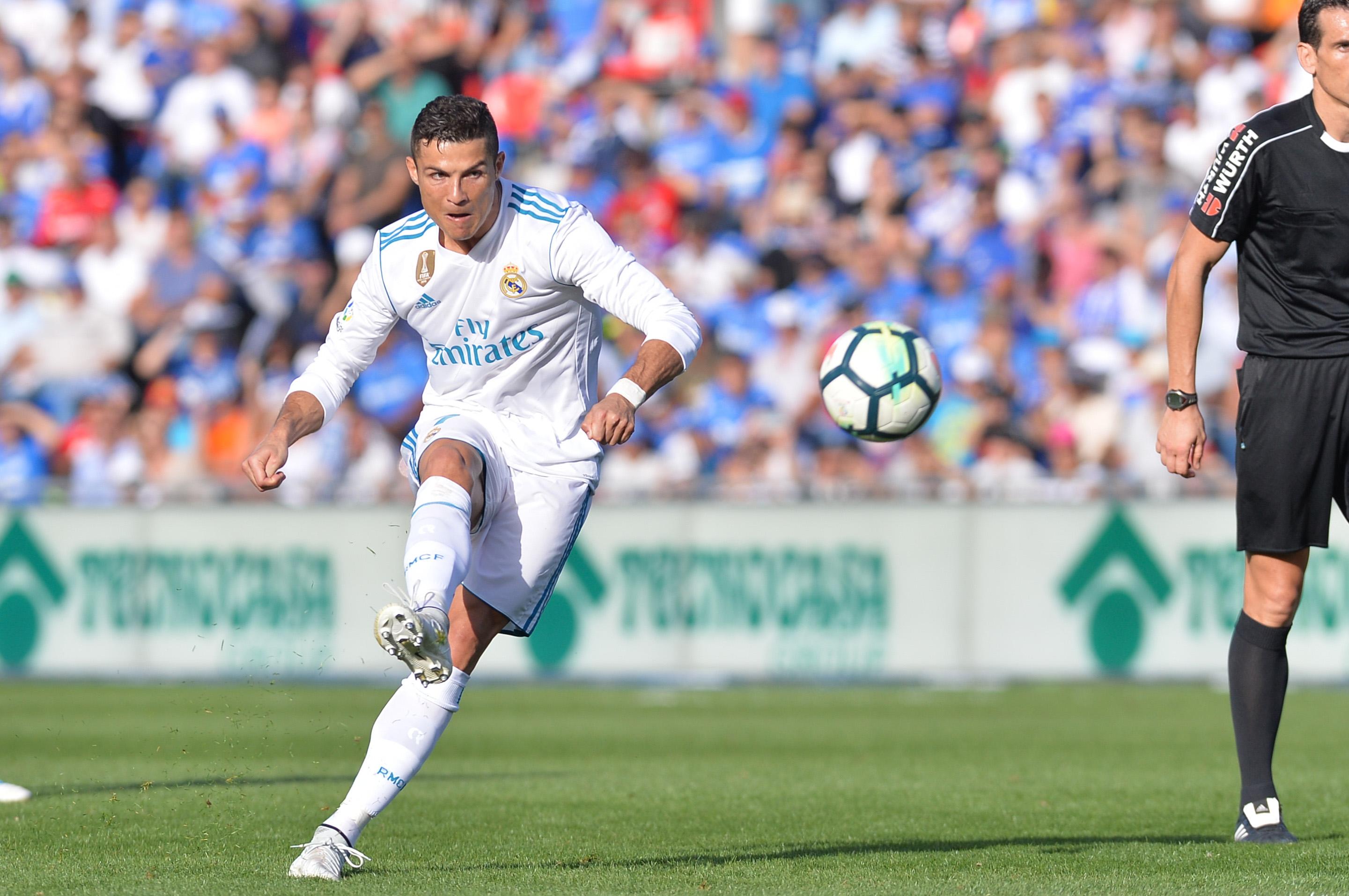 Football - Transferts - Le journal du mercato : Ronaldo annoncé partant du Real
