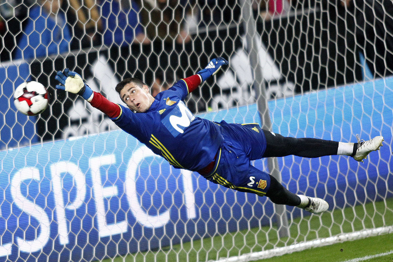 Le journal du mercato   un nouveau gardien au Real pour affronter le PSG    - Transferts - Football a0d94b318e08b
