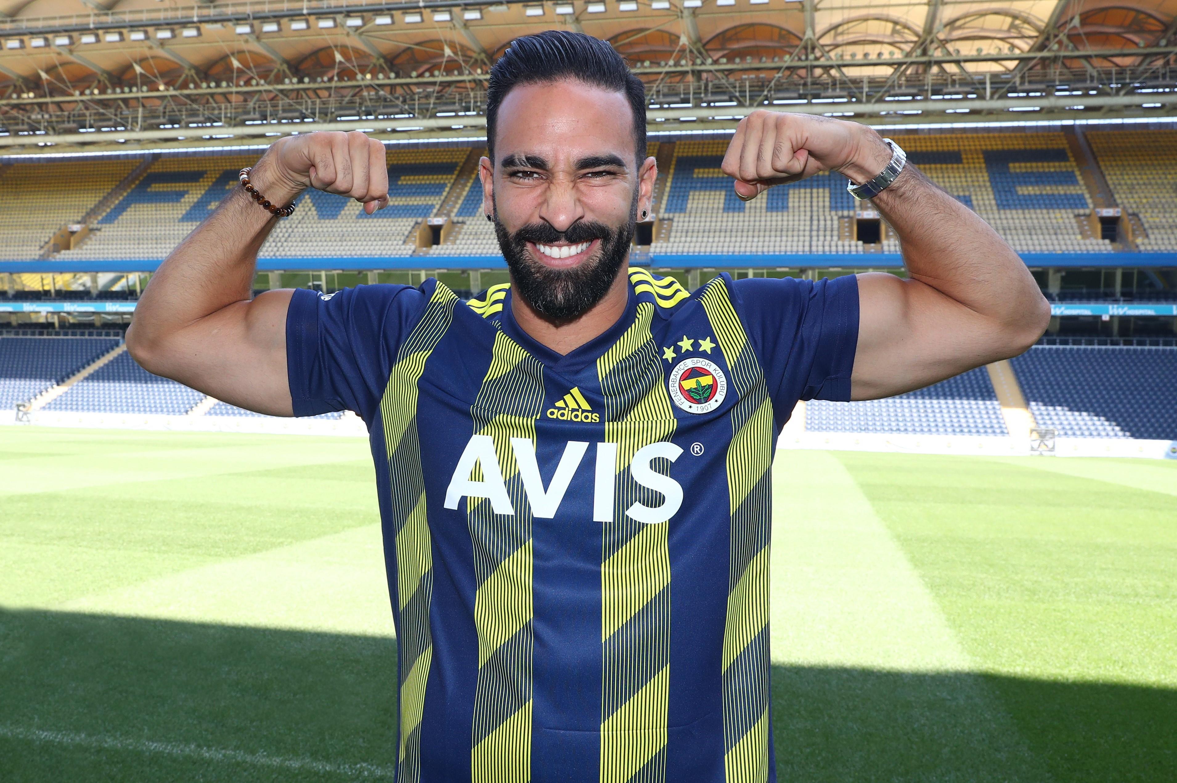 Football - Transferts - Licencié par l'OM, Adil Rami rebondit en Turquie
