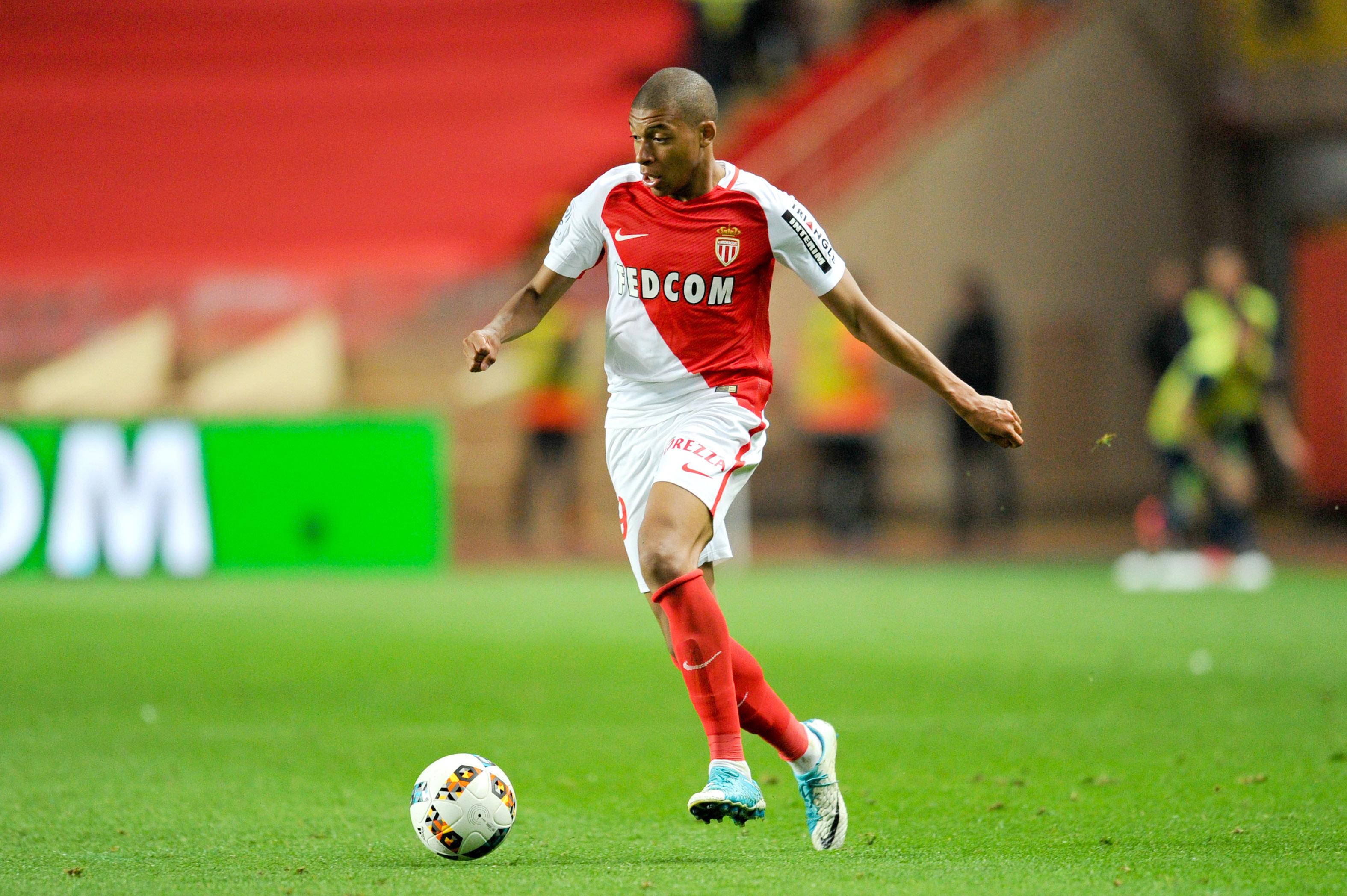 Football - Transferts - Mbappé plus cher que Neymar ?