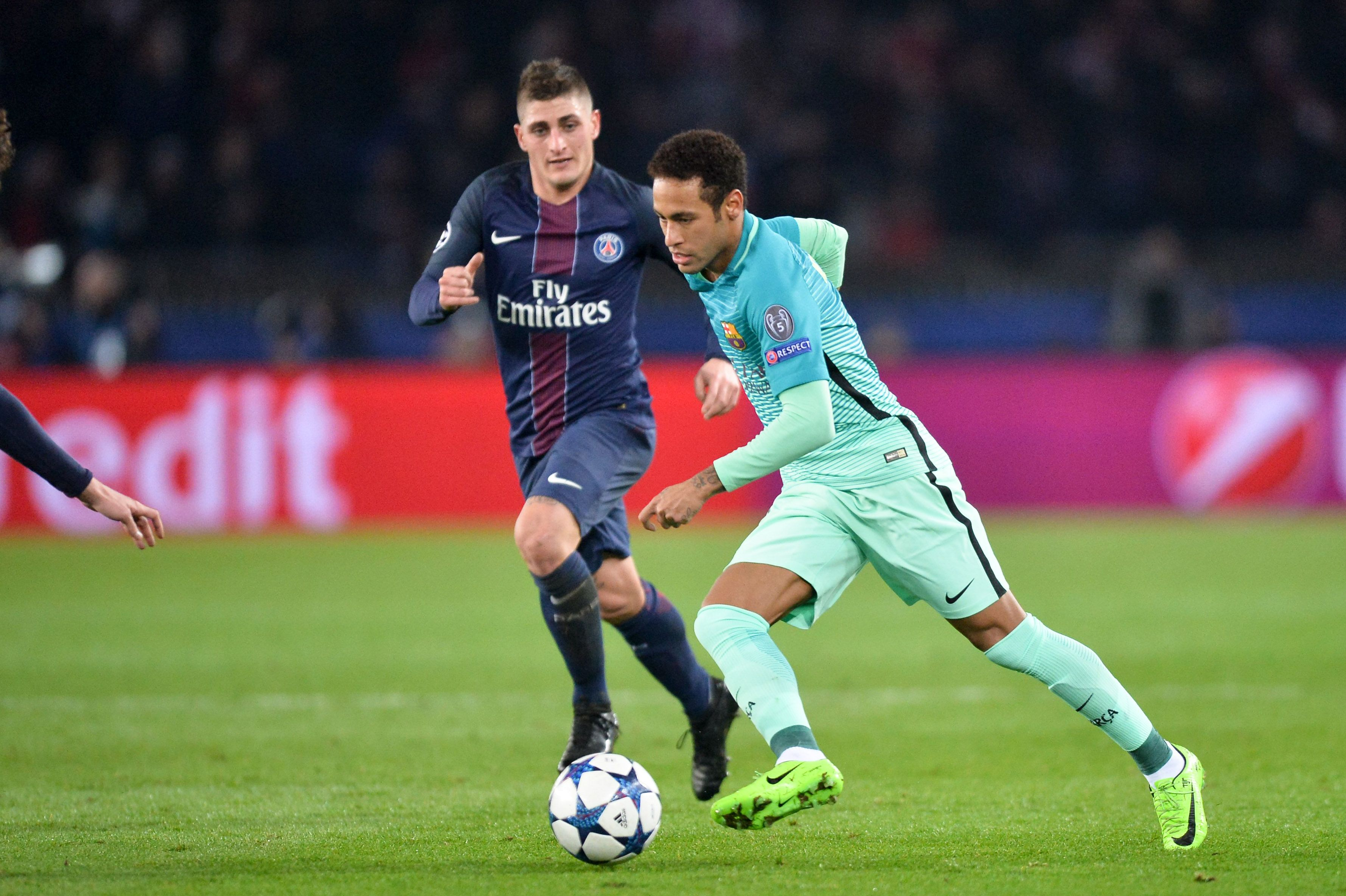 Neymar Au Psg Des Chiffres Totalement Fous Qui Donnent Le