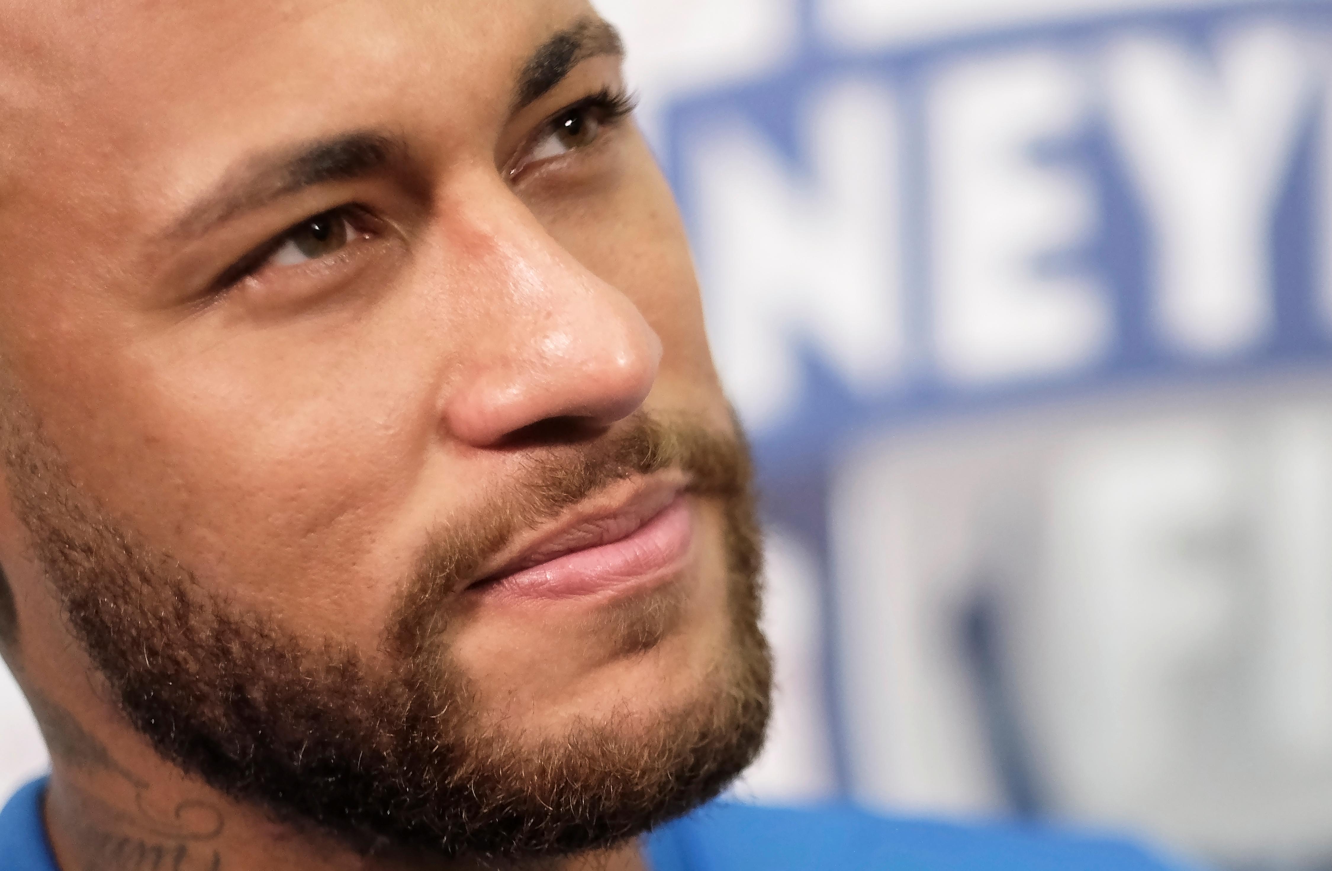 Football - Transferts - Neymar : «Toujours être honnête, c'est ce qu'il y a de plus important»