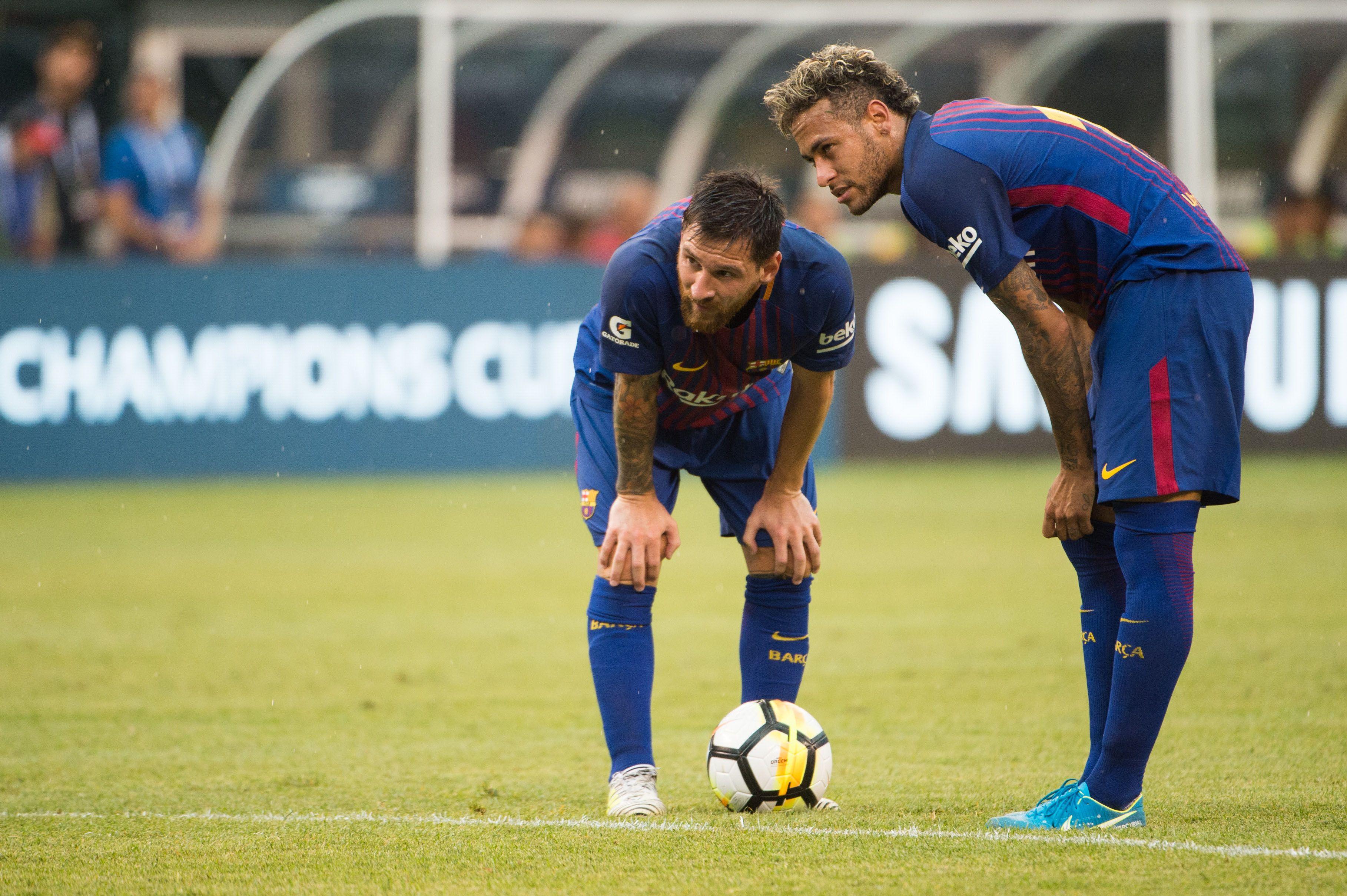 Football - Transferts - PSG : la presse brésilienne voit Neymar «proche» d'un retour au Barça