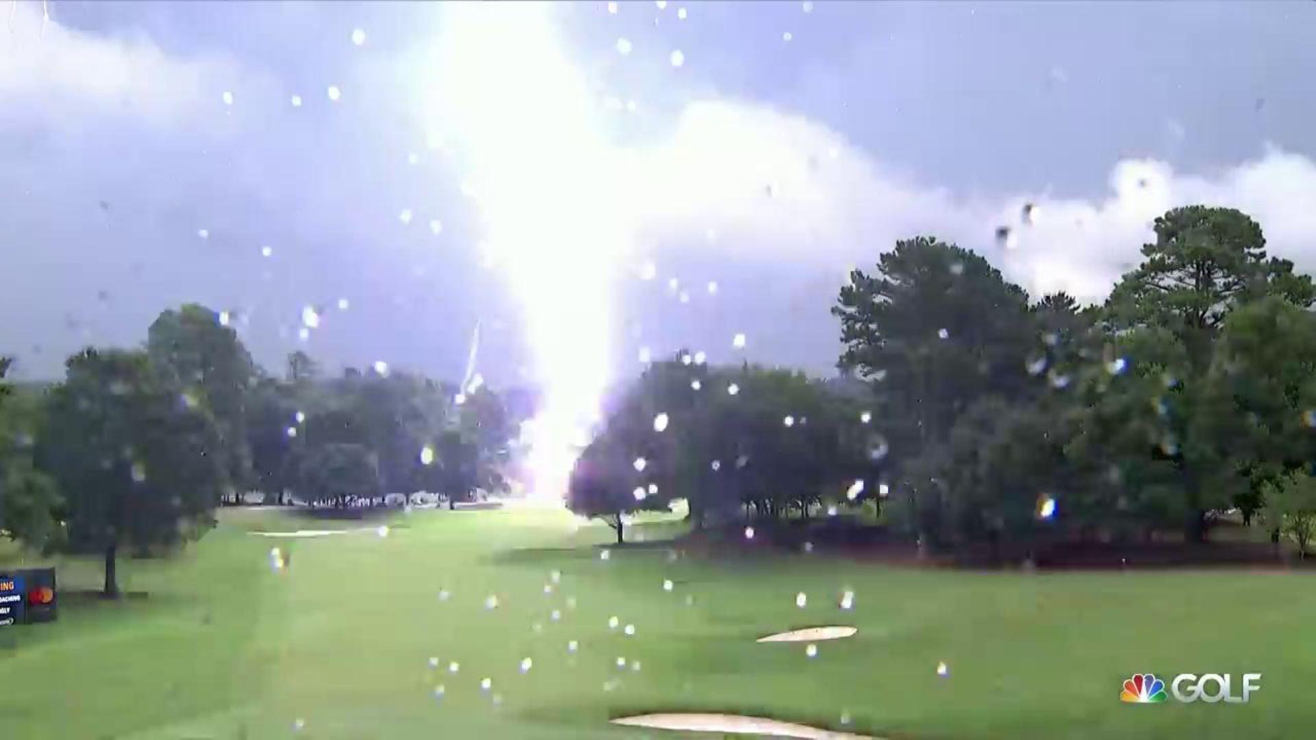 Golf - Tour américain - PGA Tour : la foudre blesse six personnes et stoppe le Tour Championship