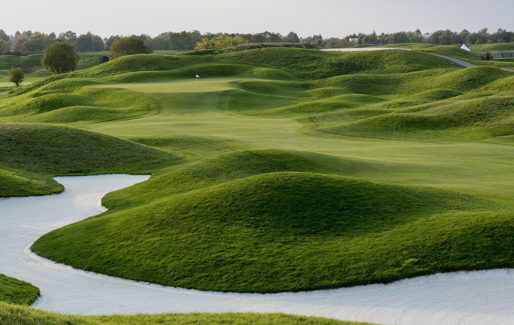Golf - Vie des clubs - Coronavirus : le #GolfezChezVous français face au #KeepGolfOpen britannique