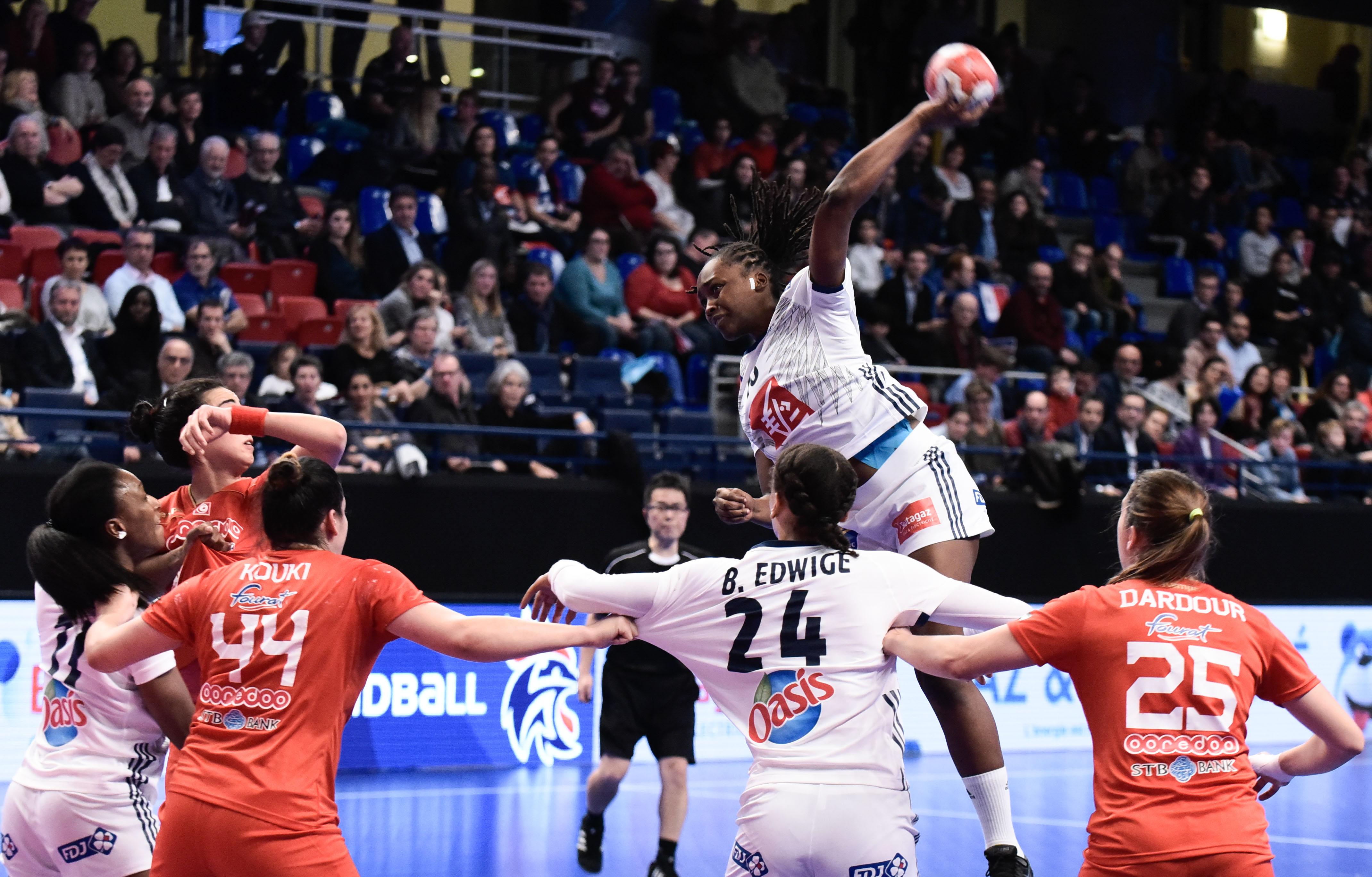 Handball - Equipe de France - Les Bleues débutent parfaitement leur préparation
