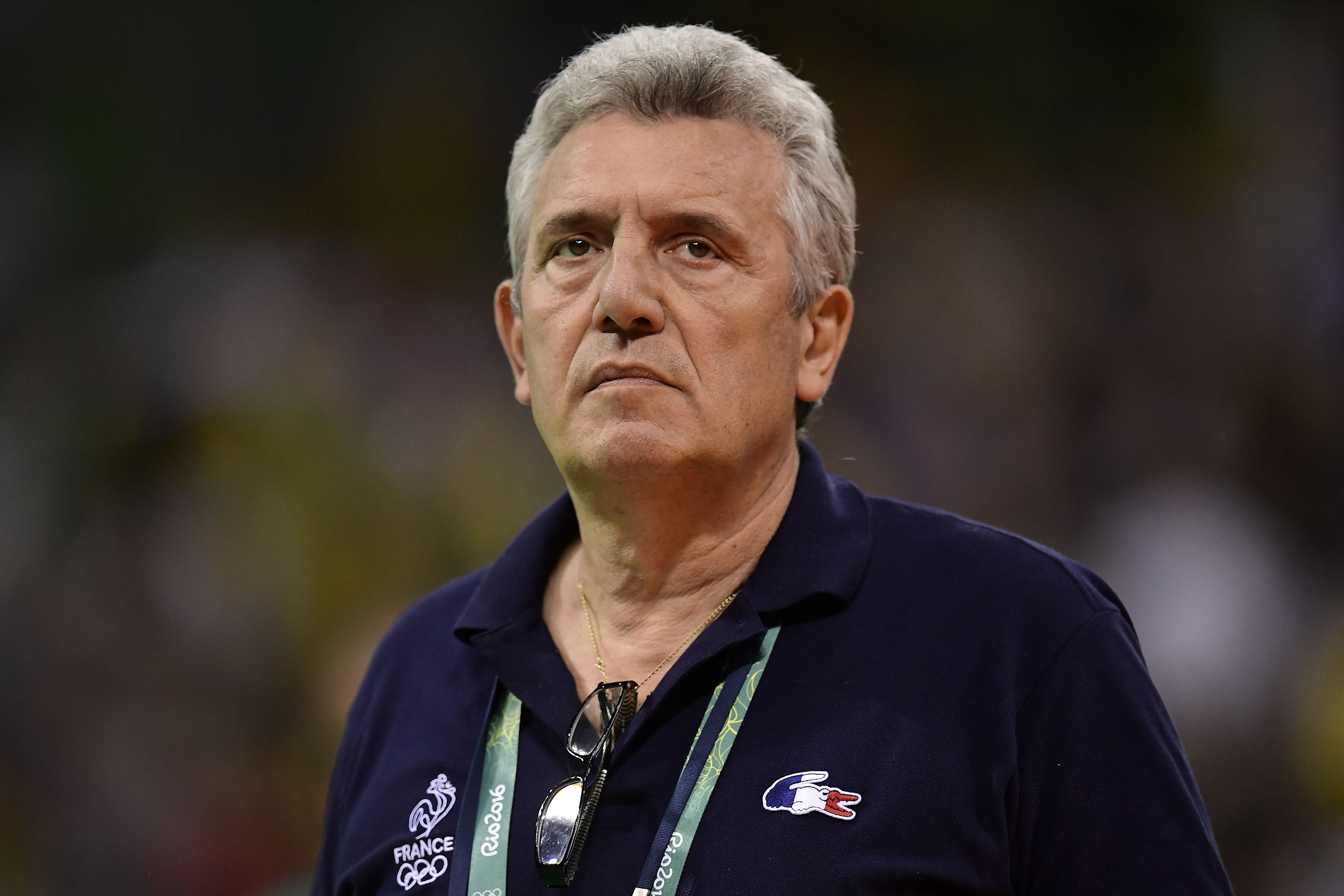 Handball - Equipe de France - Onesta : «Je n'hésiterai pas à être autoritaire s'il le faut»