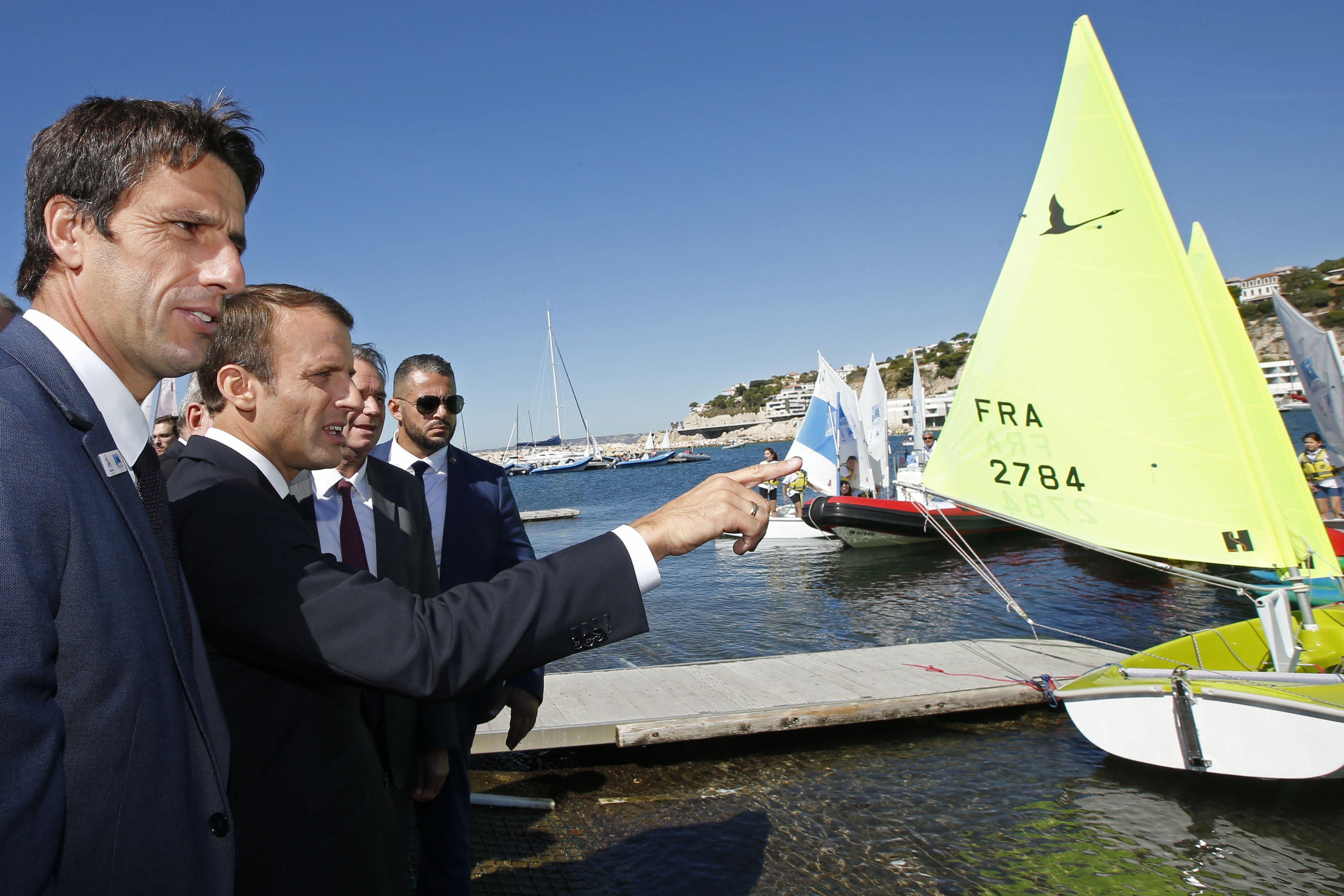 Jeux olympiques - JO 2024 - JO 2024 : Bain de foule pour Macron sur le site de voile à Marseille