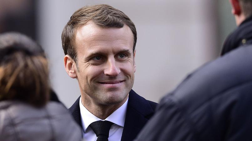 Jeux olympiques - Pyeongchang 2018 -  Emmanuel Macron salue Martin Fourcade, «une légende» des JO