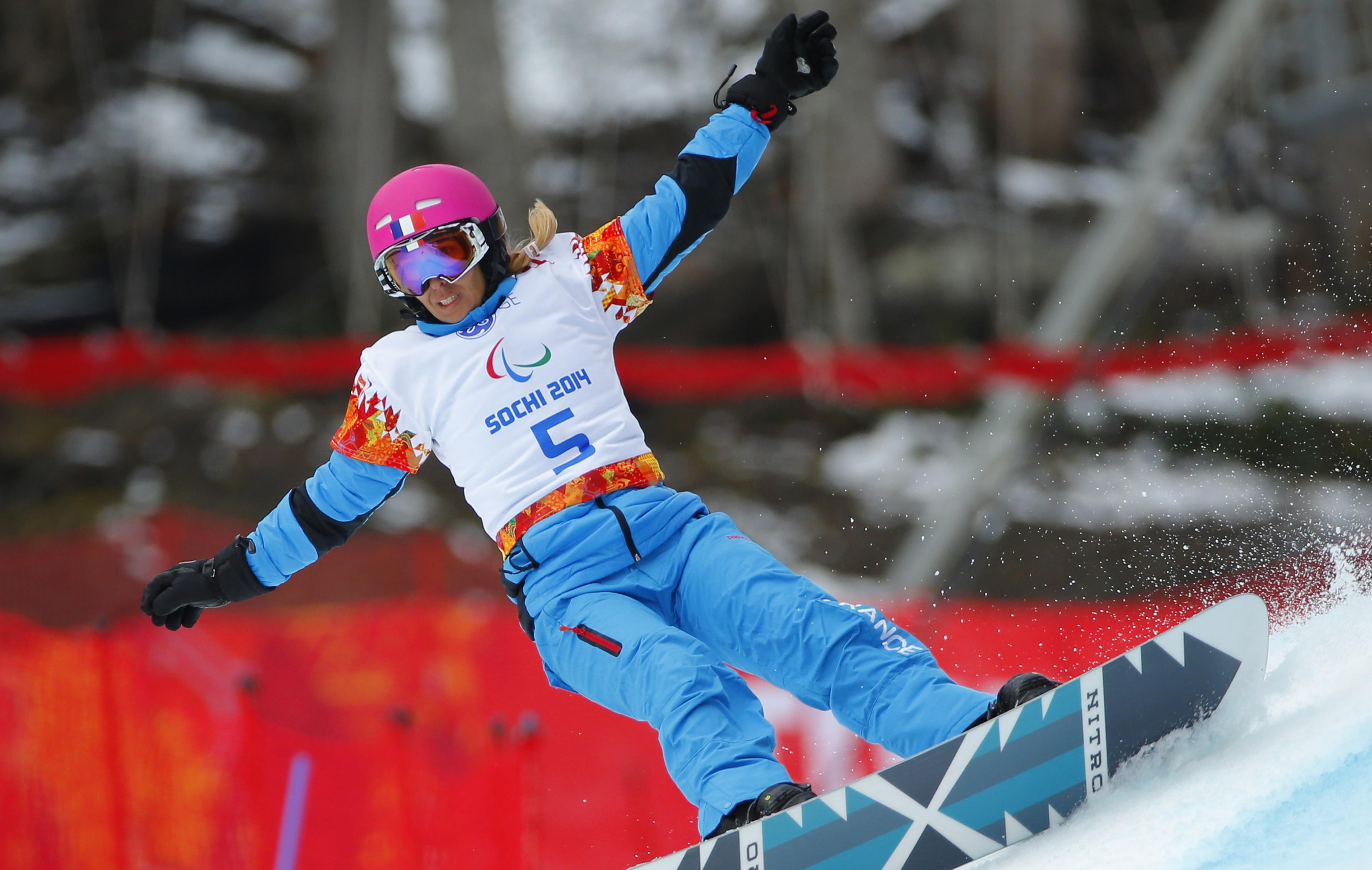 L Argent Pour Cecile Hernandez Cervellon Sotchi 2014 Jeux Olympiques