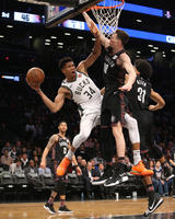 2019-02-05T030304Z_426808609_NOCID_RTRMADP_3_NBA-MILWAUKEE-BUCKS-AT-BROOKLYN-NETS_image