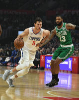 2019-03-12T030154Z_1904735493_NOCID_RTRMADP_3_NBA-BOSTON-CELTICS-AT-LOS-ANGELES-CLIPPERS_image