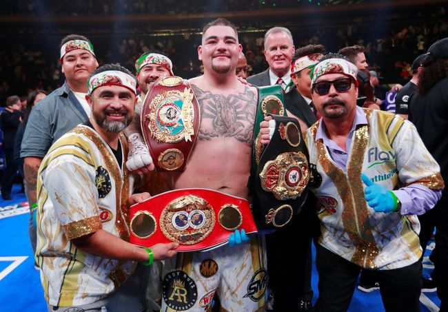 2019-06-02T040705Z_2123996002_RC19646D62A0_RTRMADP_3_BOXING-HEAVYWEIGHT-JOSHUA-RUIZ