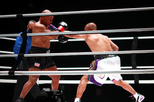 2020-11-29T062448Z_1615524008_MT1USATODAY15246704_RTRMADP_3_BOXING-TYSON-VS-ROY-JONES-JR_image