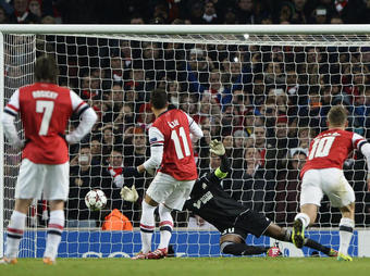 Arsenal-OM-Penalty_full_diapos_large