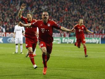 Bayern-Real-Kaiser_full_diapos_large