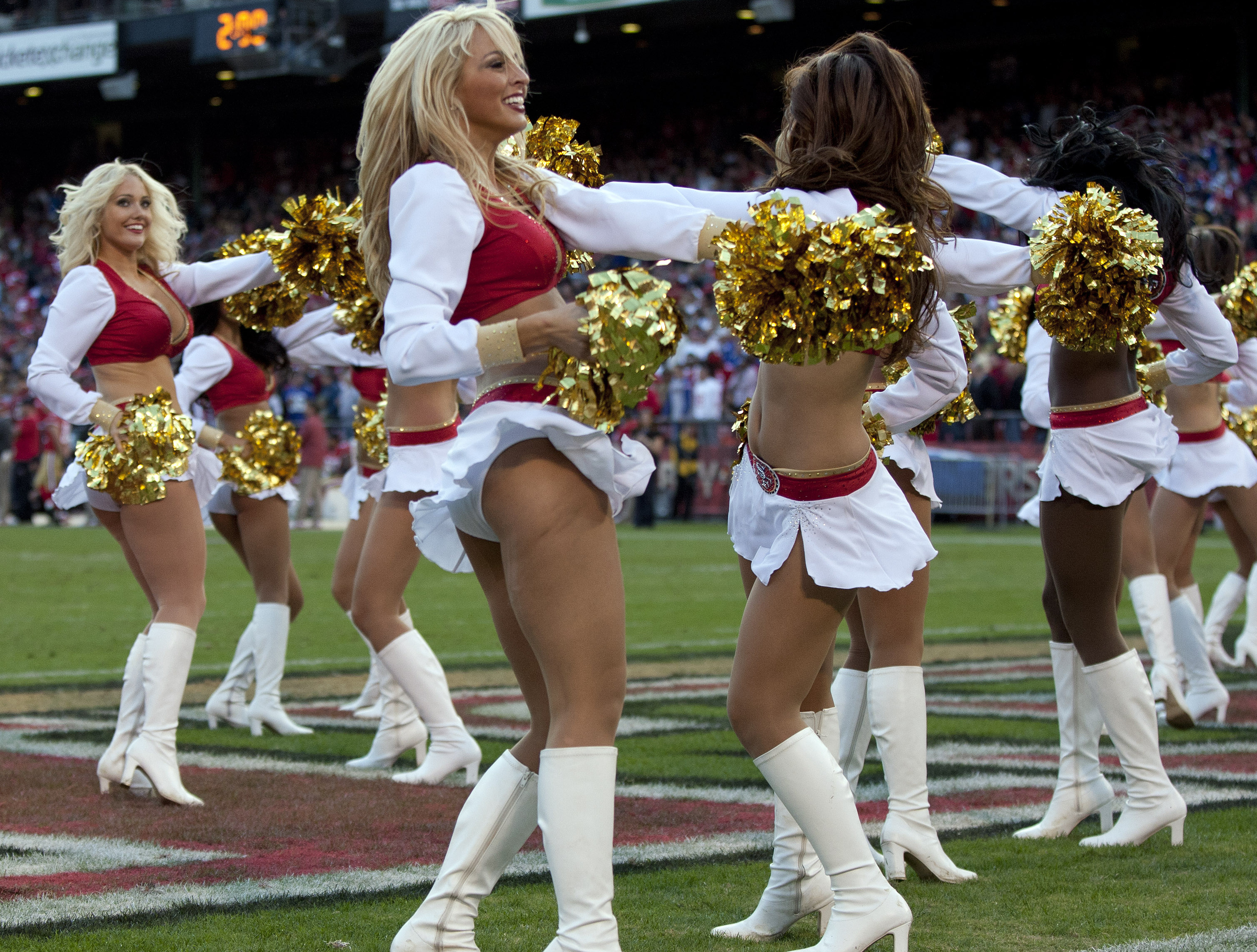 Lizleanna high school cheerleader