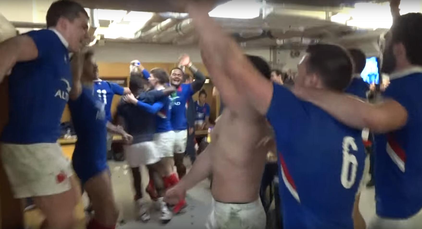 L'euphorie bleue dans le vestiaire de Cardiff après la victoire face aux Gallois
