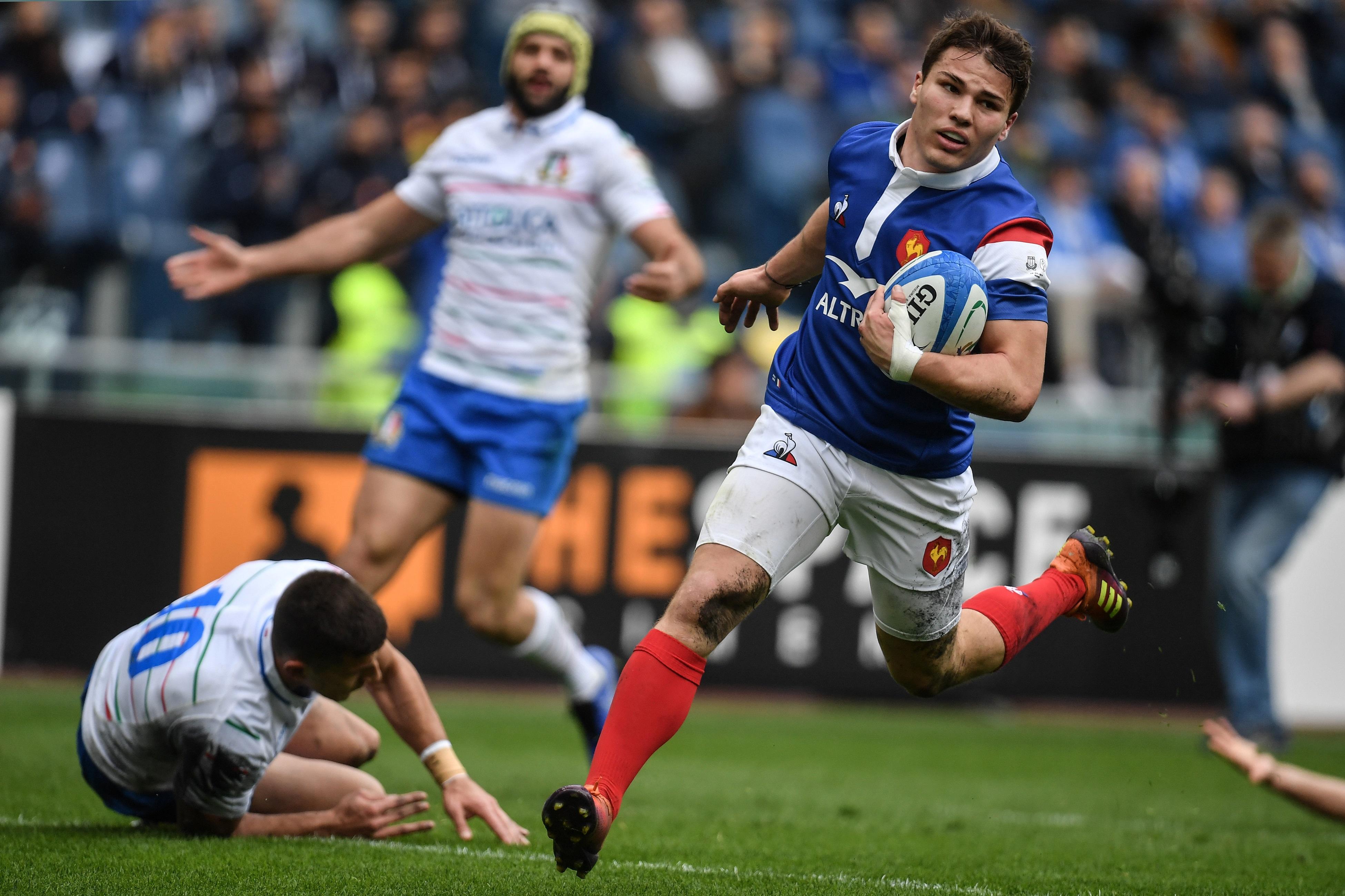 Rugby - 6 Nations - Tournoi des six nations acquis par le fonds CVC : la FFR empocherait 16 M¬ par an sur 5 ans