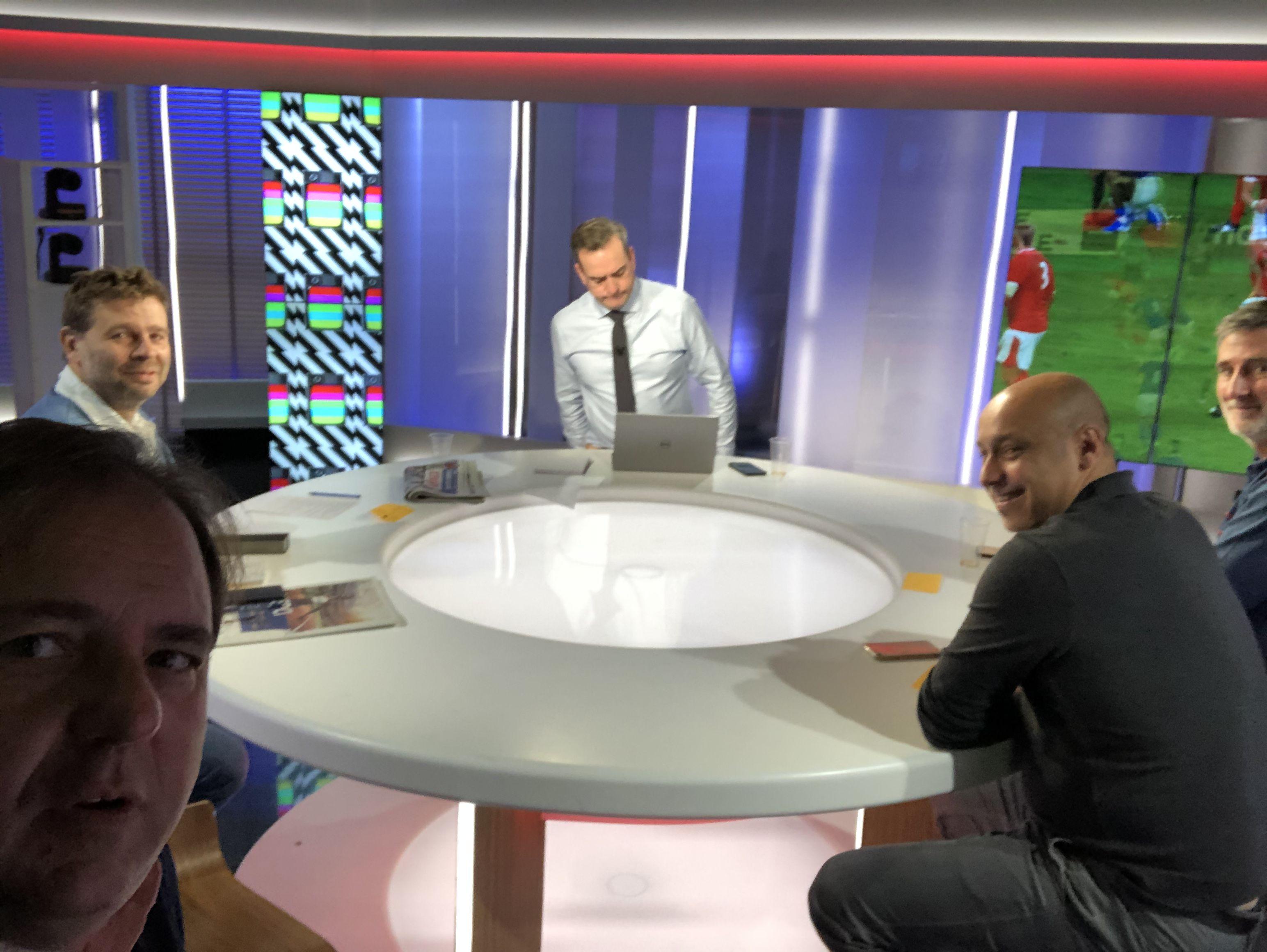 Rugby - Coupe du monde 2019 - Coupe du monde : le débrief' de Galles-France à la pause