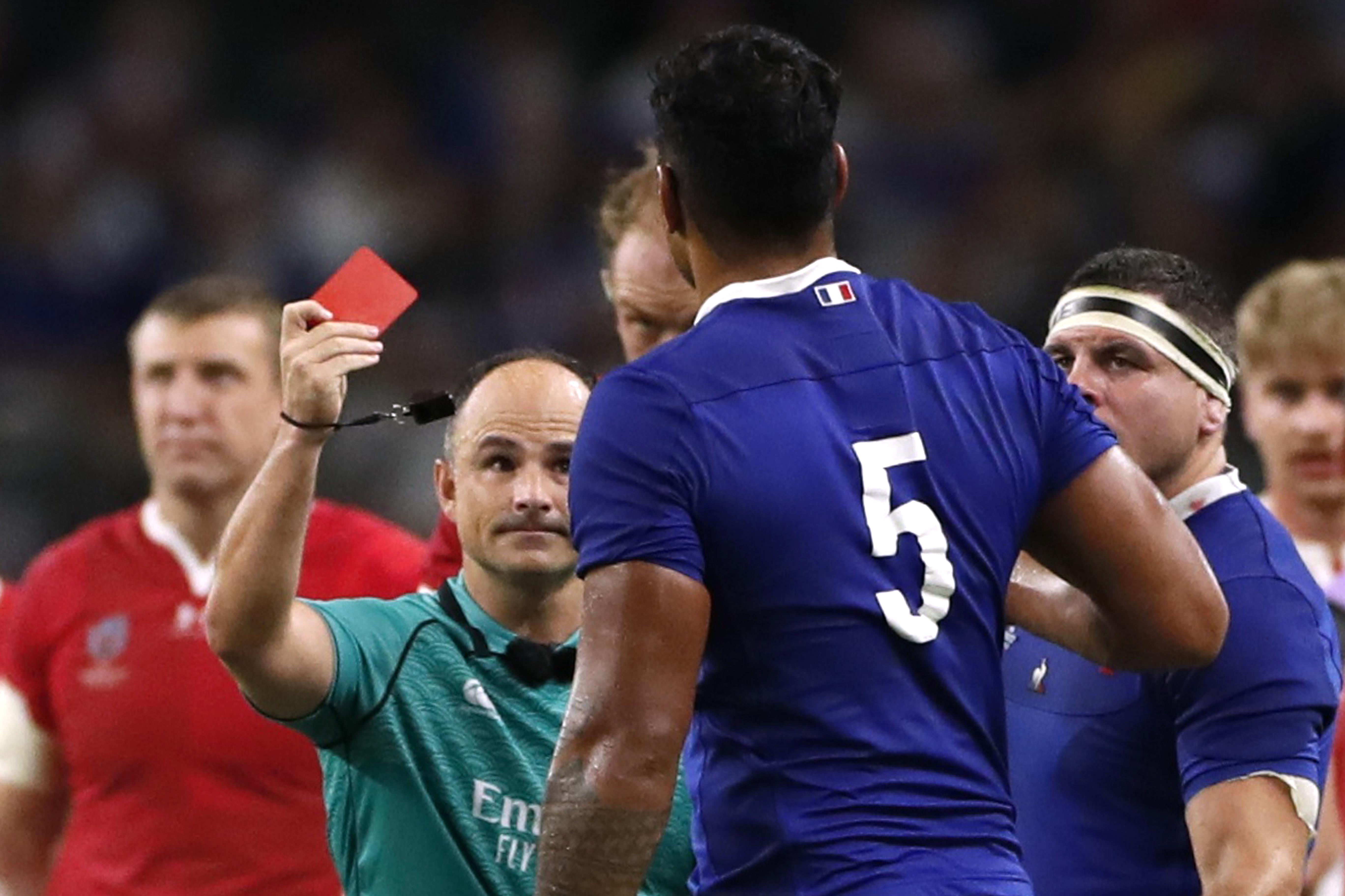 Rugby - Coupe du monde 2019 - Ecarté pour les demi-finales, l'arbitre Jaco Peyper s'est excusé après l'affaire de la photo