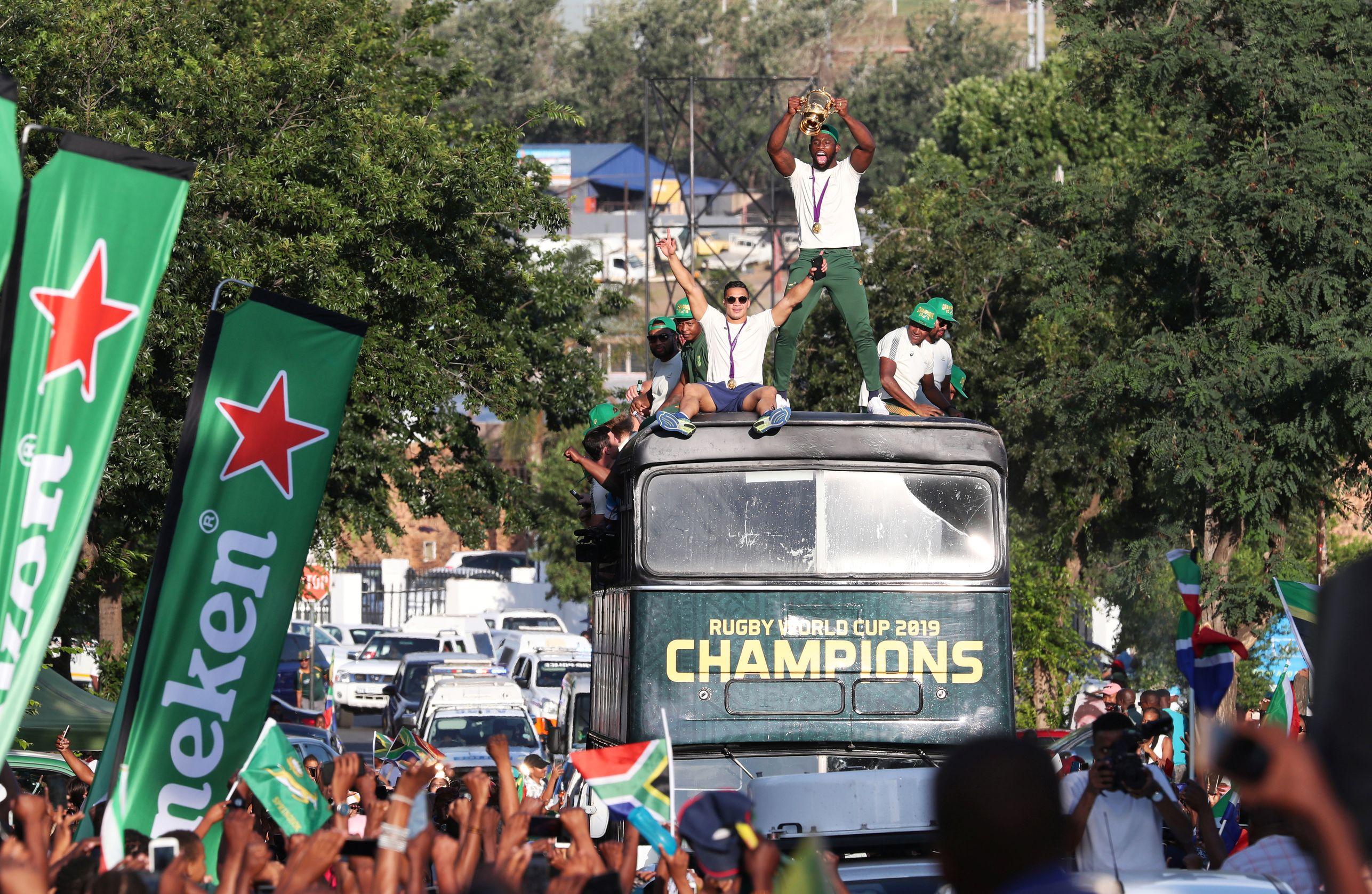 Rugby - Coupe du monde 2019 - Les incroyables scènes de liesse lors de la parade des Springboks à Soweto