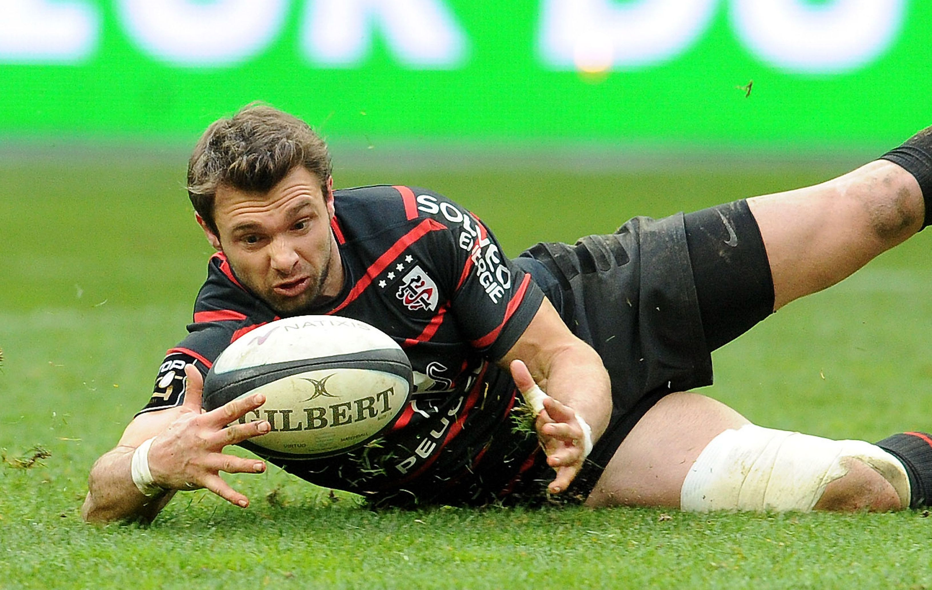 montpellier r gale toulouse s exporte top 14 rugby. Black Bedroom Furniture Sets. Home Design Ideas